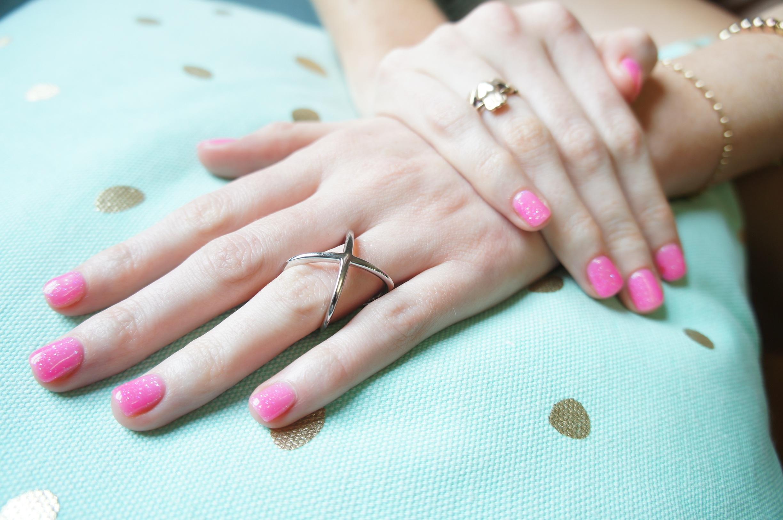 Fotos gratis : mano, pierna, patrón, dedo, rosado, uña, labio ...