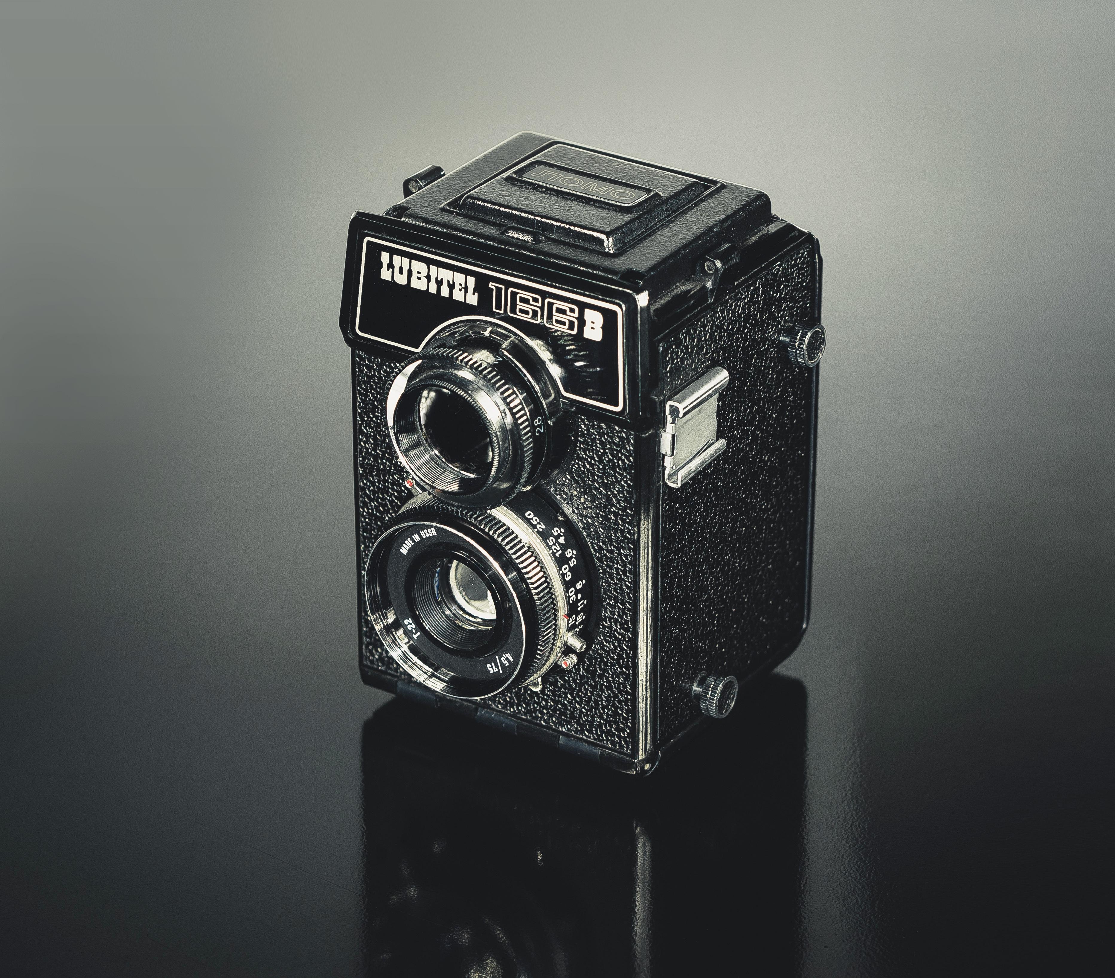 Free Images : hand, light, photographer, slr, equipment, old