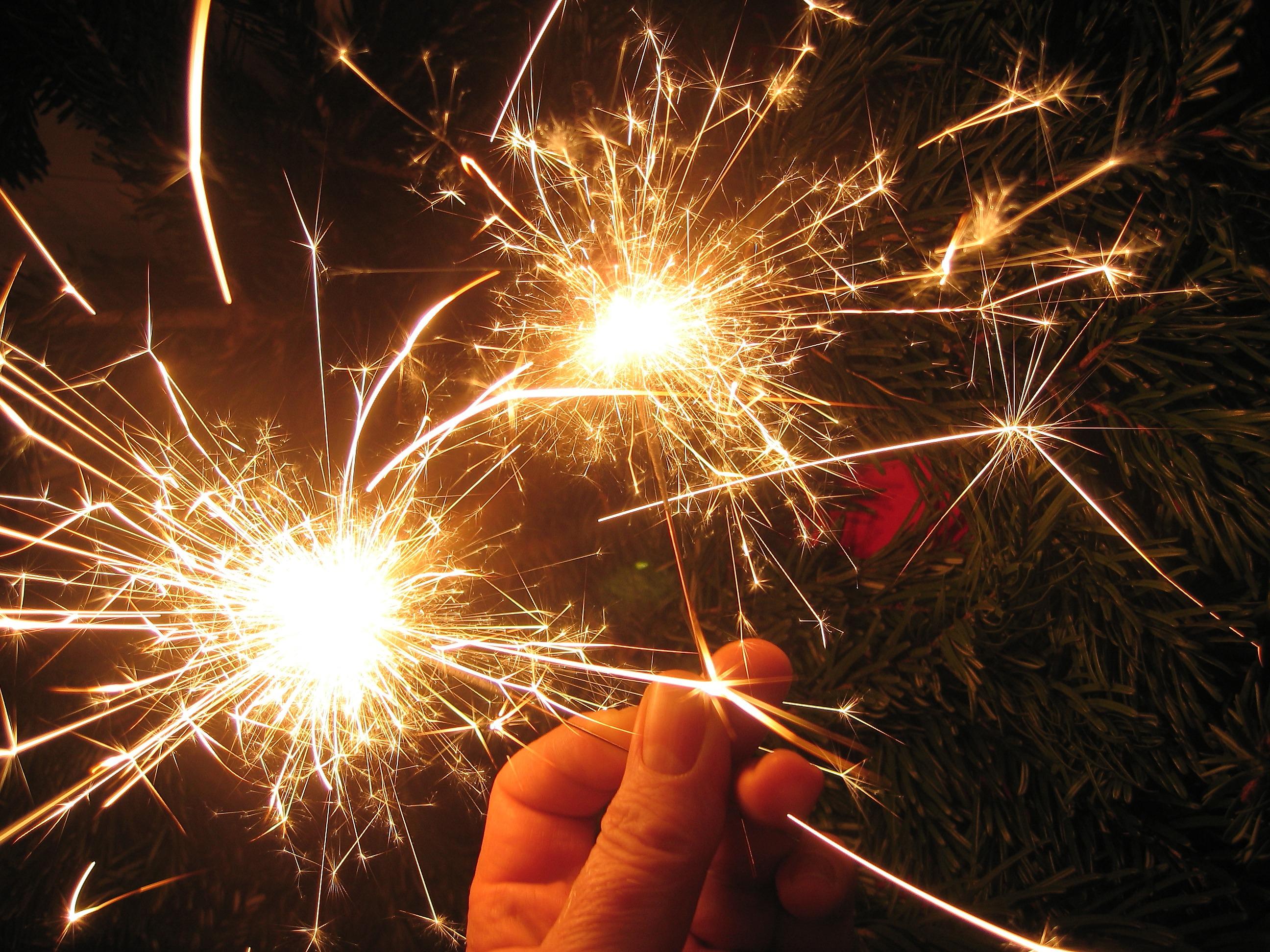 этой бенгальские огни фото новый год потолки являются
