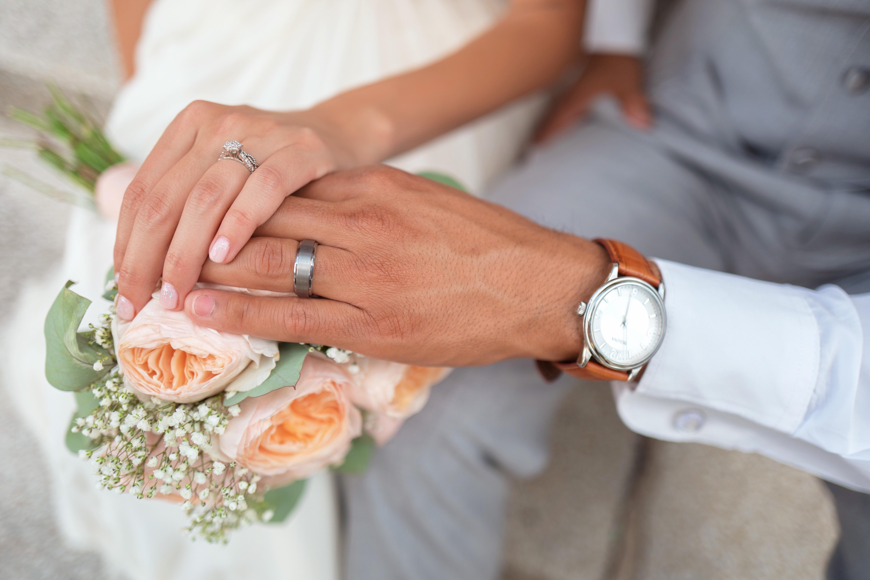 Kostenlose Foto Hand Mann Menschen Frau Blume Liebe Paar