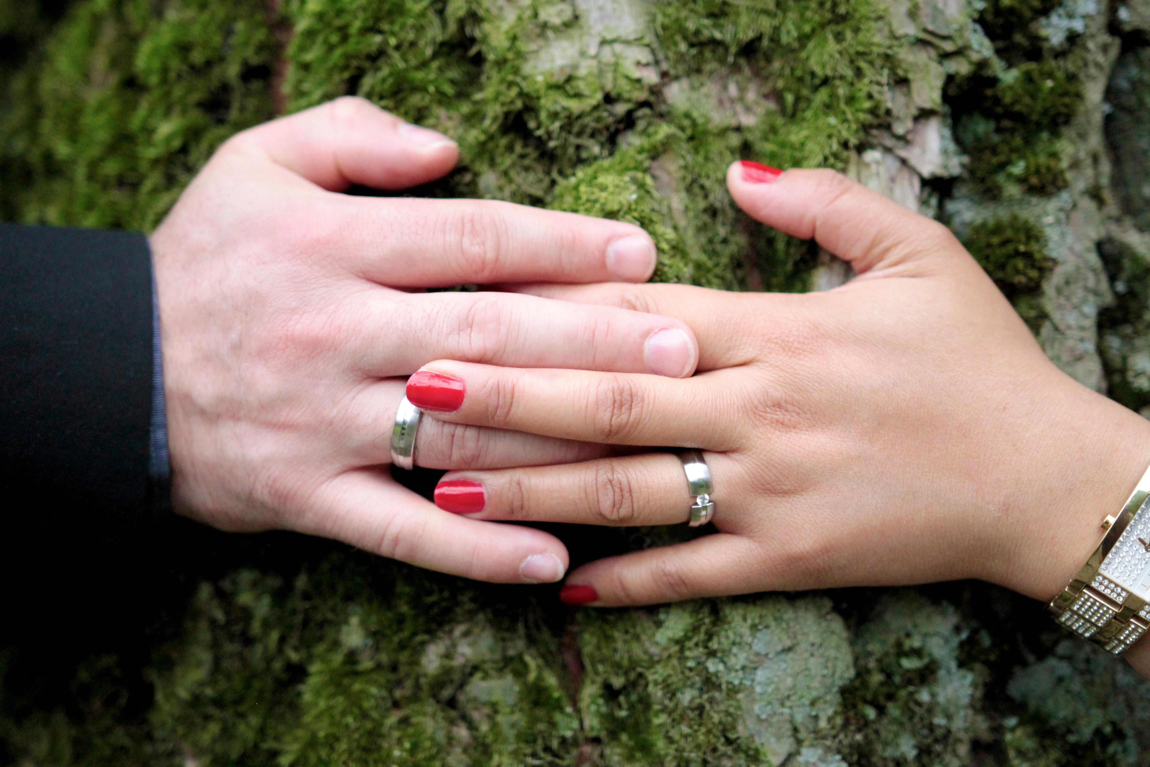 Fotos gratis : mano, hombre, árbol, naturaleza, mujer, pierna, amor ...