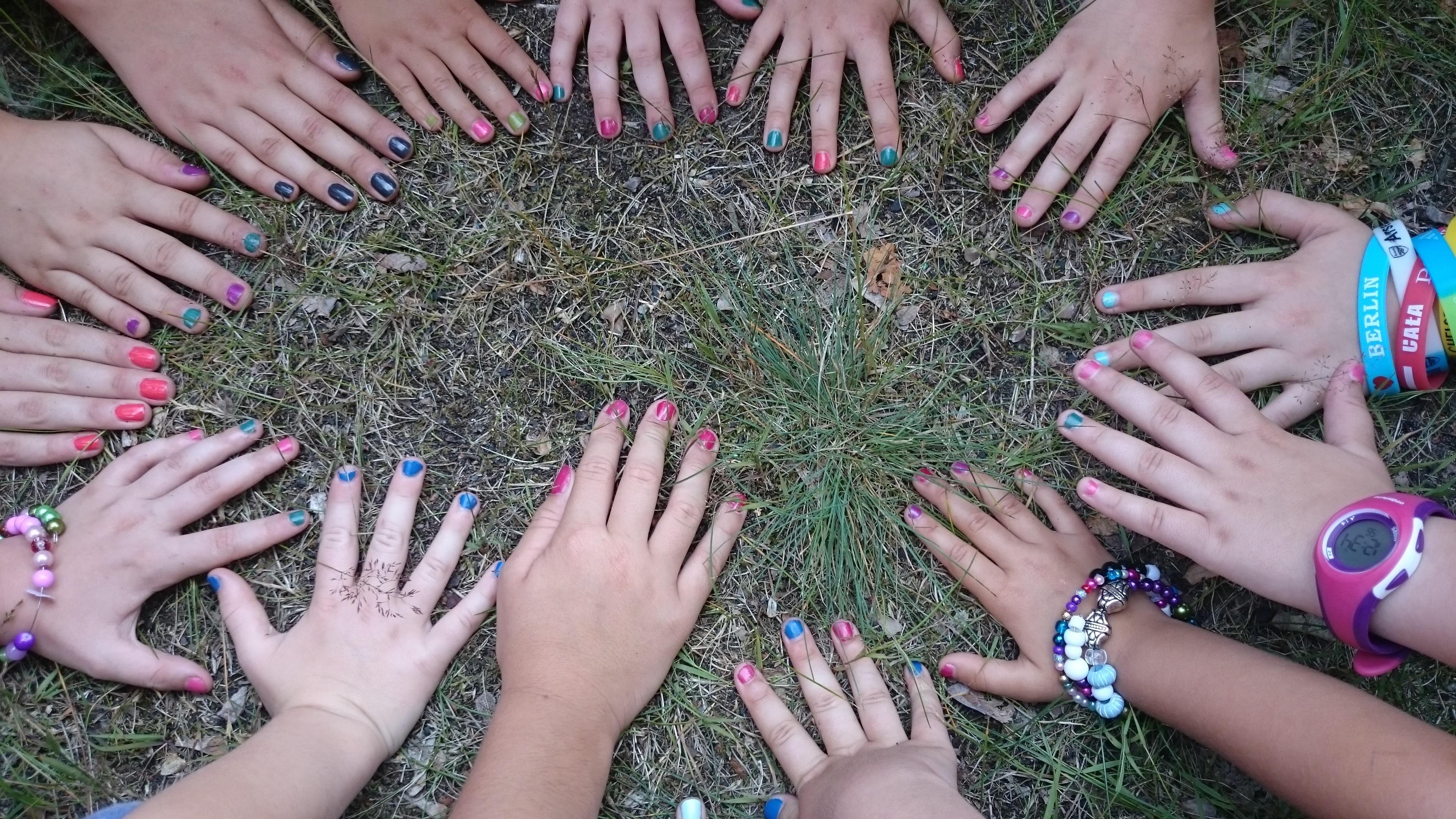 hand natur bein muster finger grn nagel kinder spa entwurf hnde mode zubehr - Nagel Muster