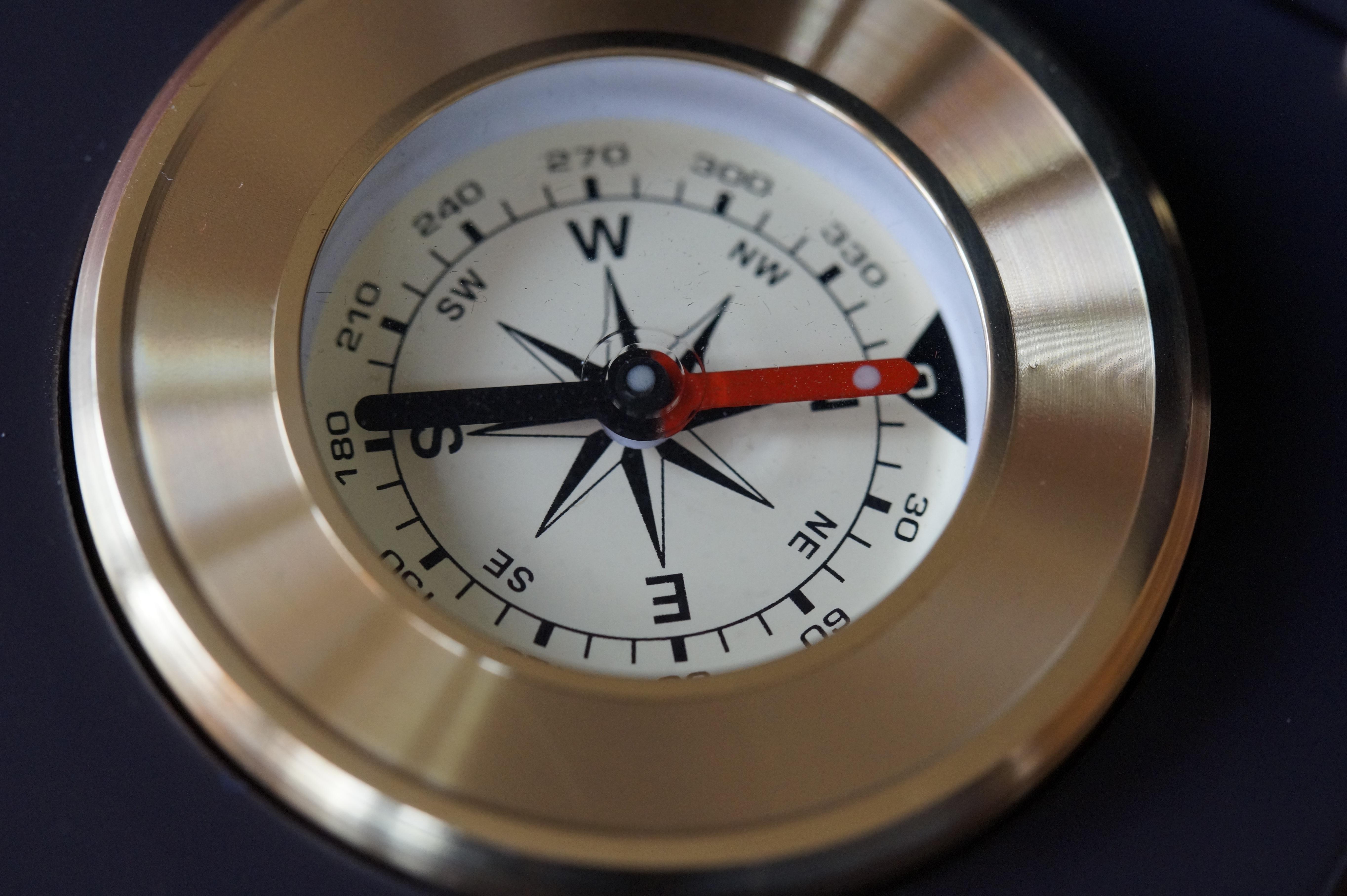 compass - HD5456×3632