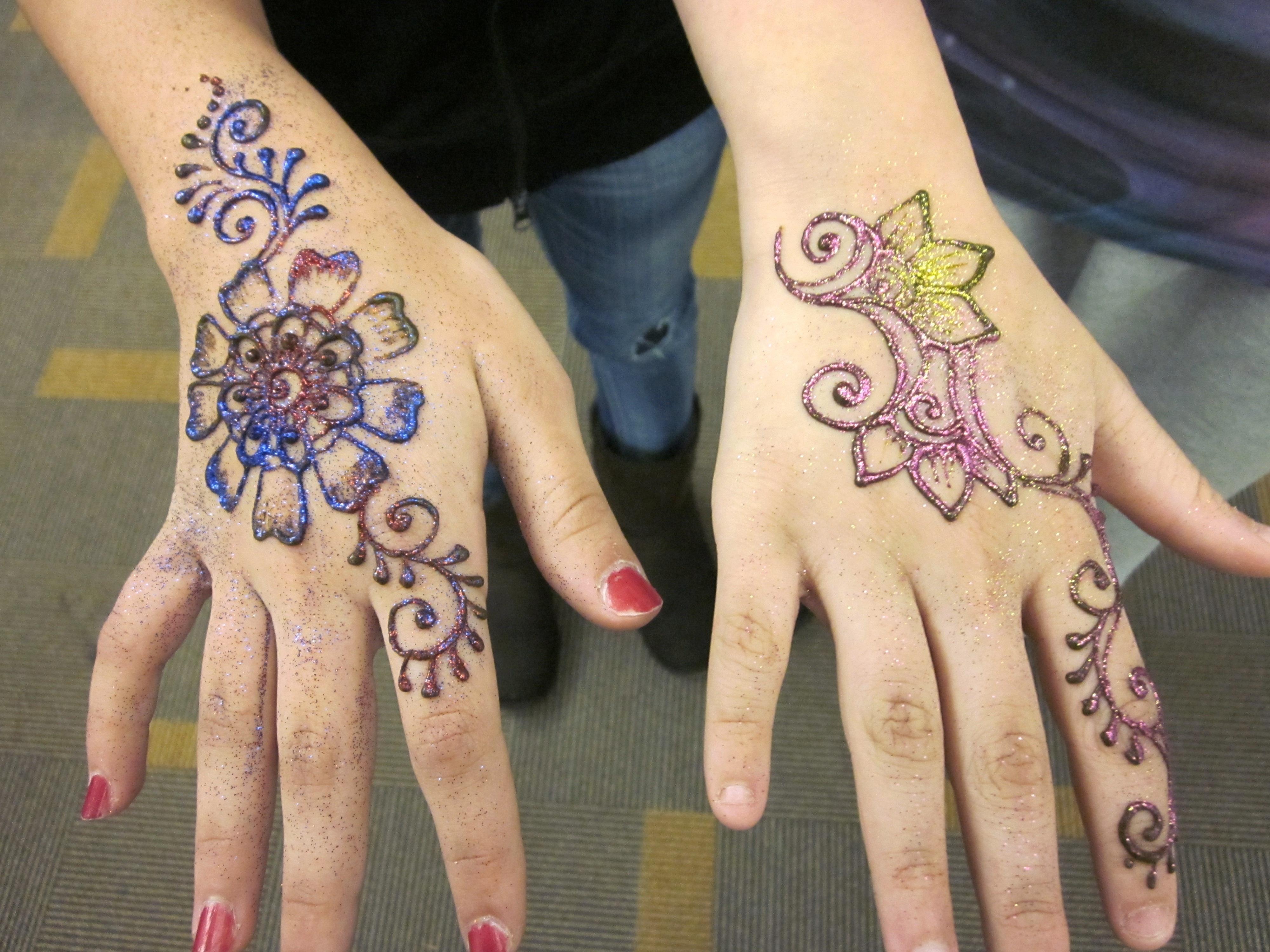 Татуировки на пальцах 90