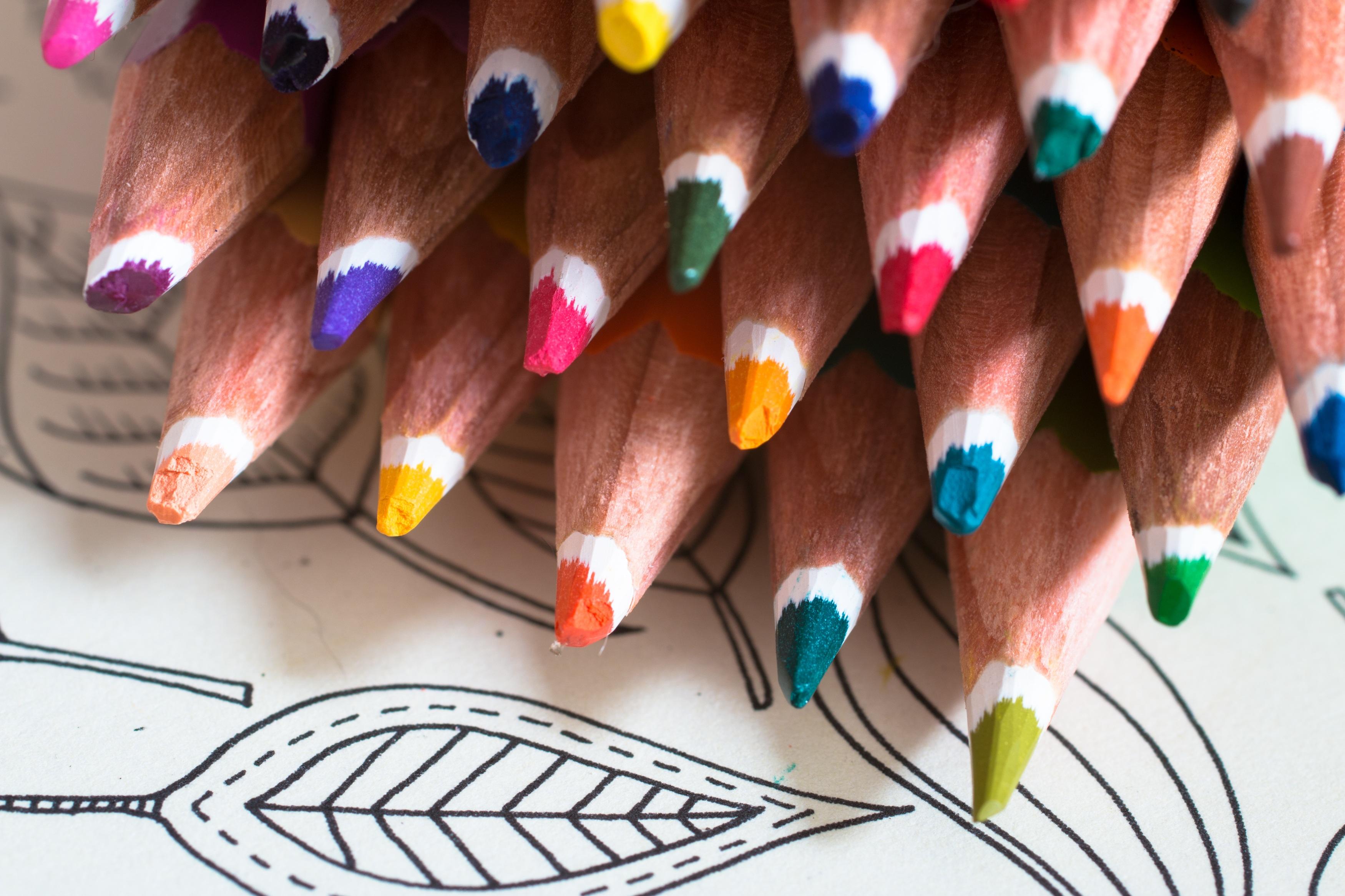 tangan pensil kreatif pola jari warna cat kuku lukisan orang dewasa meditasi pulpen menenangkan pensil warna