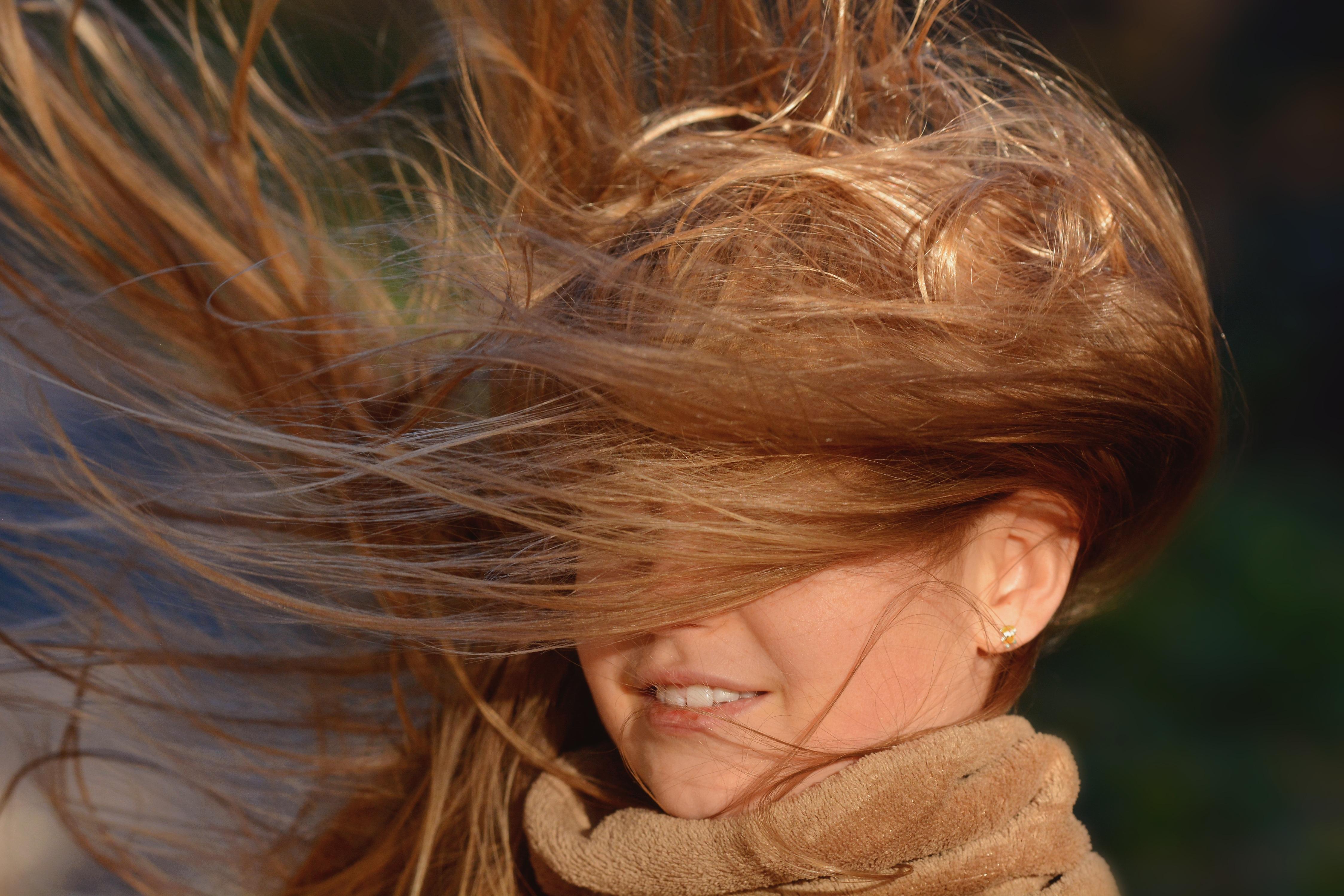 картинка волос на ветру факту часть