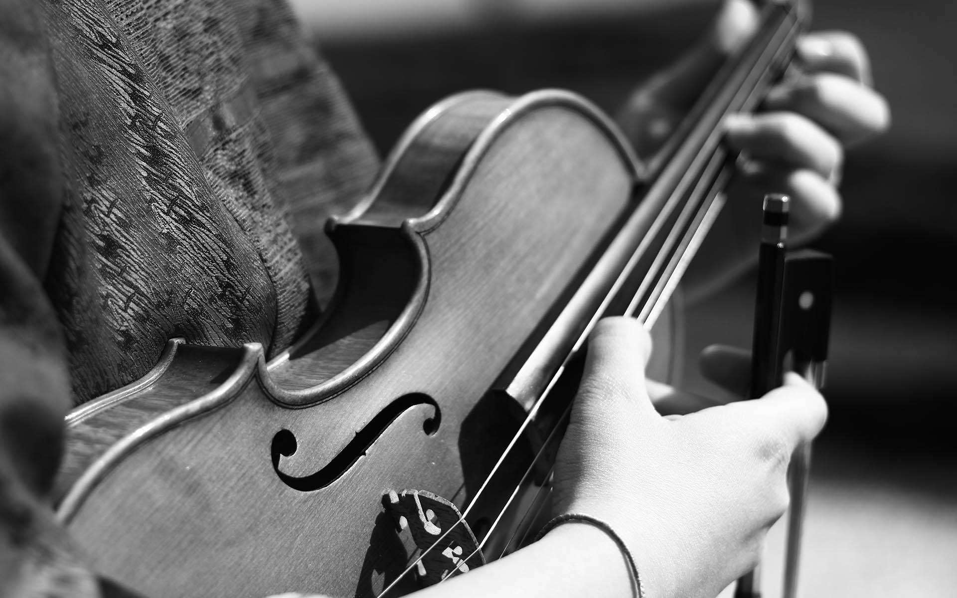 Sehr Kostenlose foto : Hand, Person, Musik-, Schwarz und weiß, Weiß  QE81