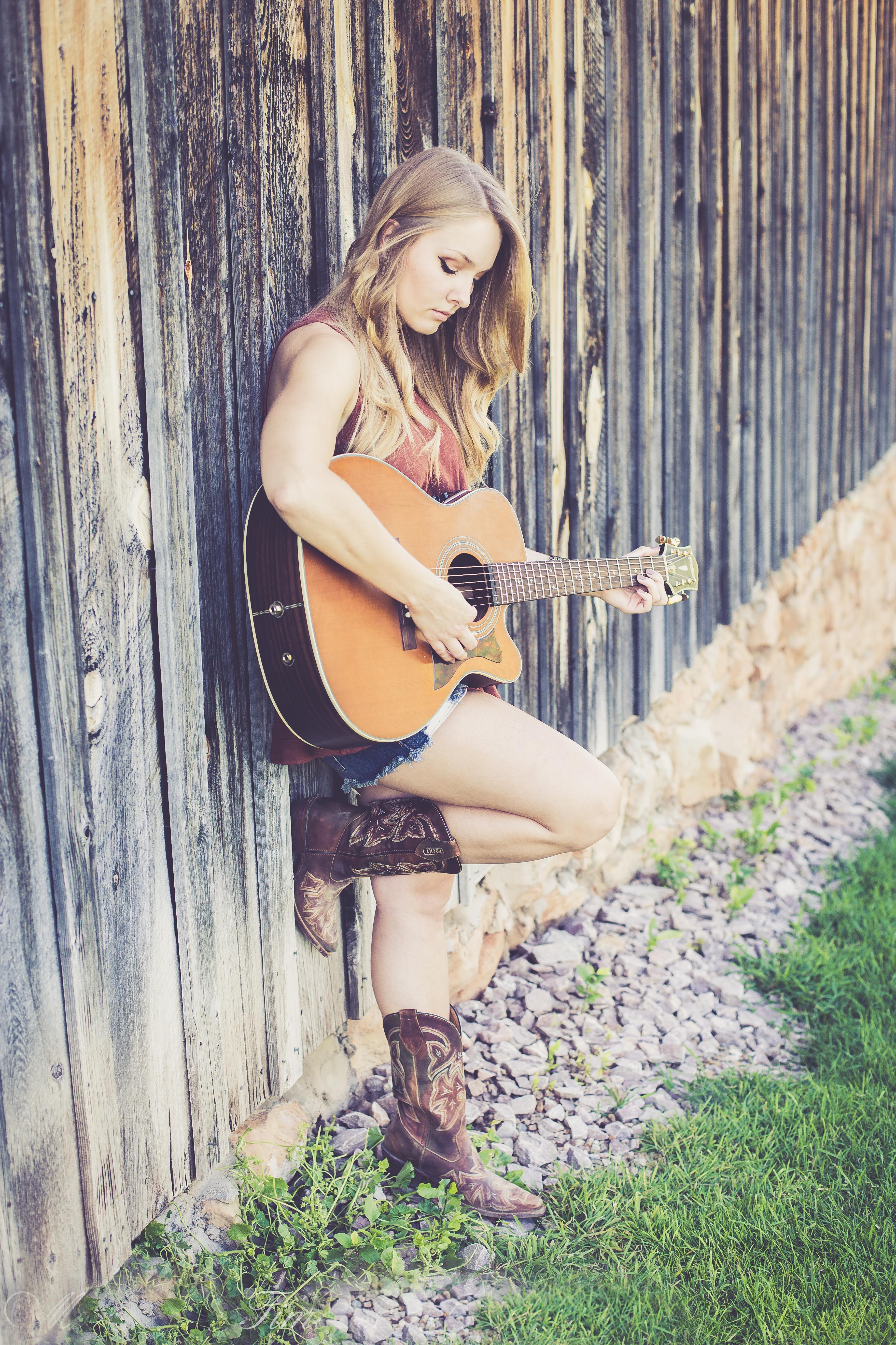 Guitar Womans Body Art