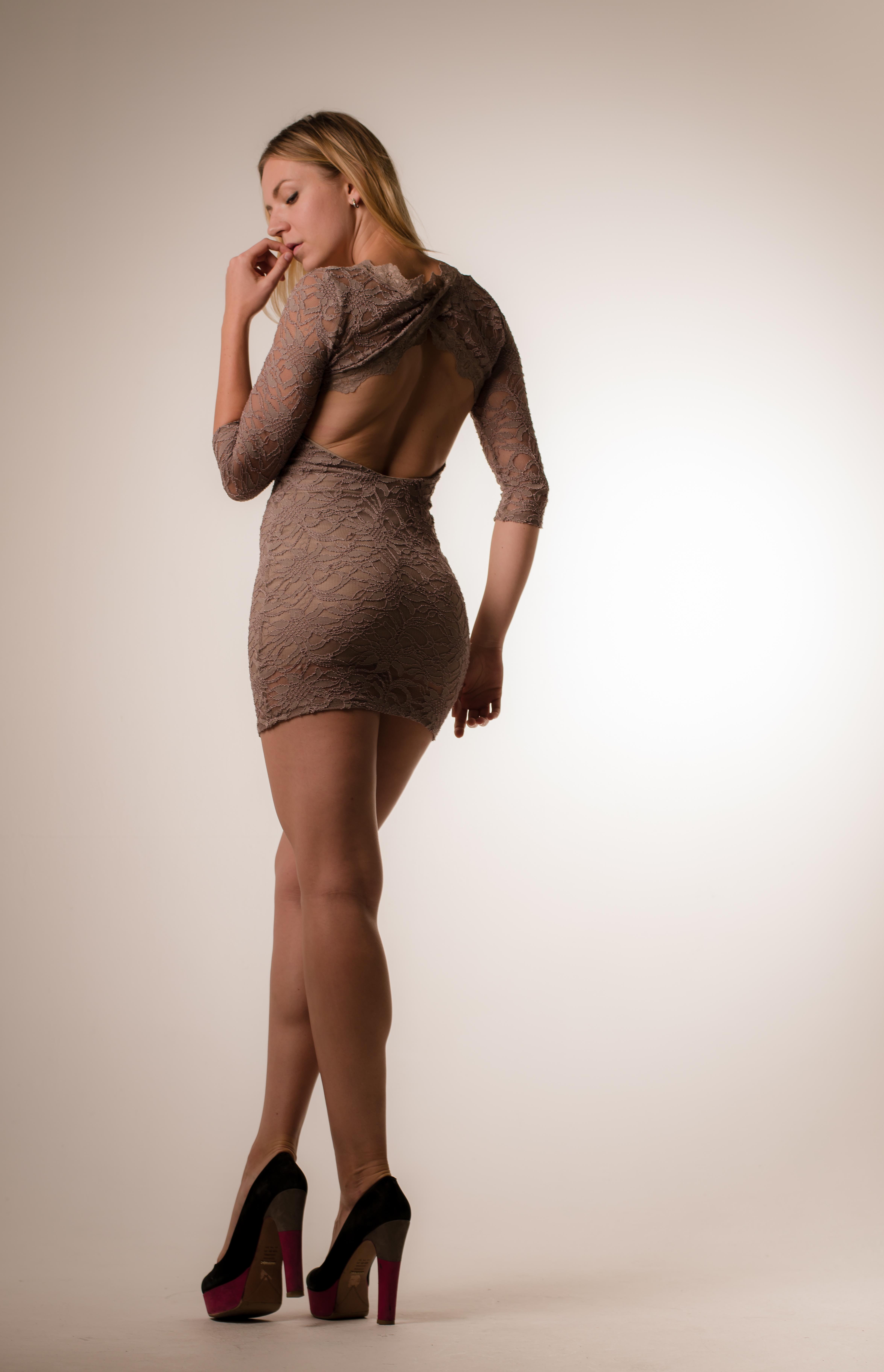 Sukka housut alaston kuva