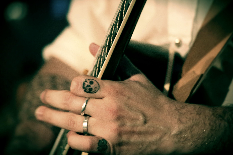 Images Gratuites Main Roche La Musique Vert Tatouage Mat