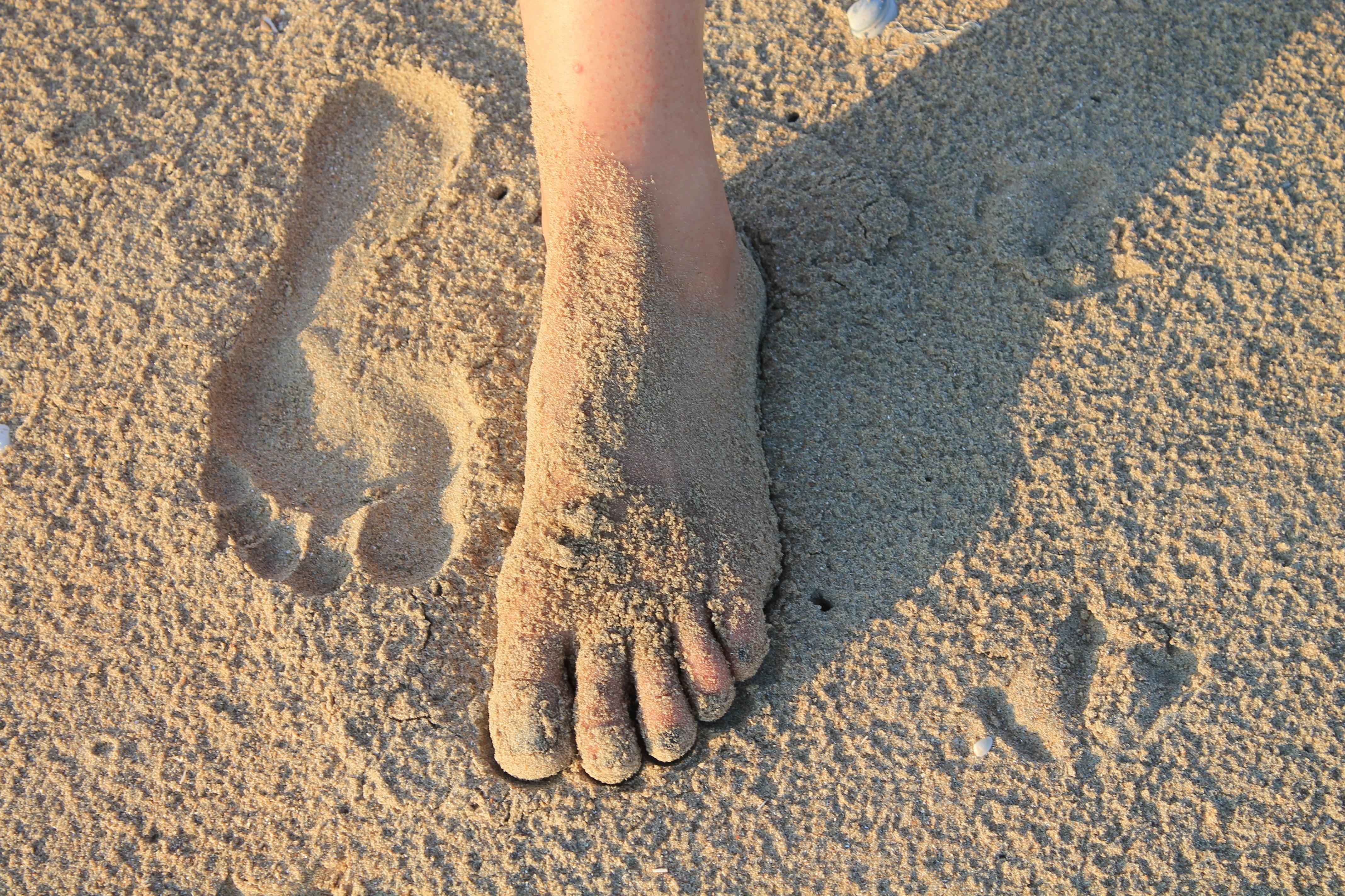 этого картинка песок отпечатки автомобиля, провалившегося