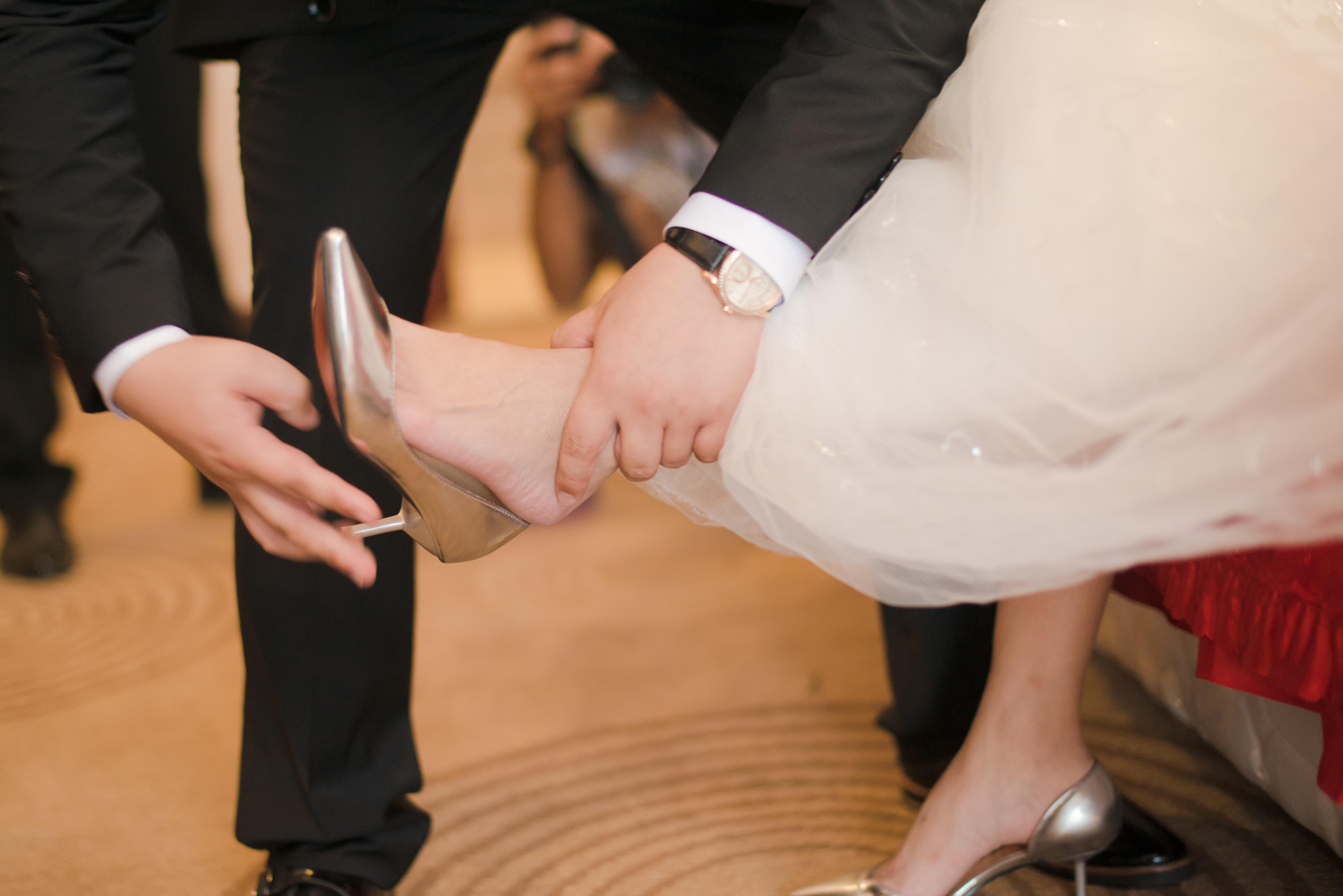 Фото невест нога на ногу, Снова невесты. Ножки (42 фото) » Триникси 9 фотография