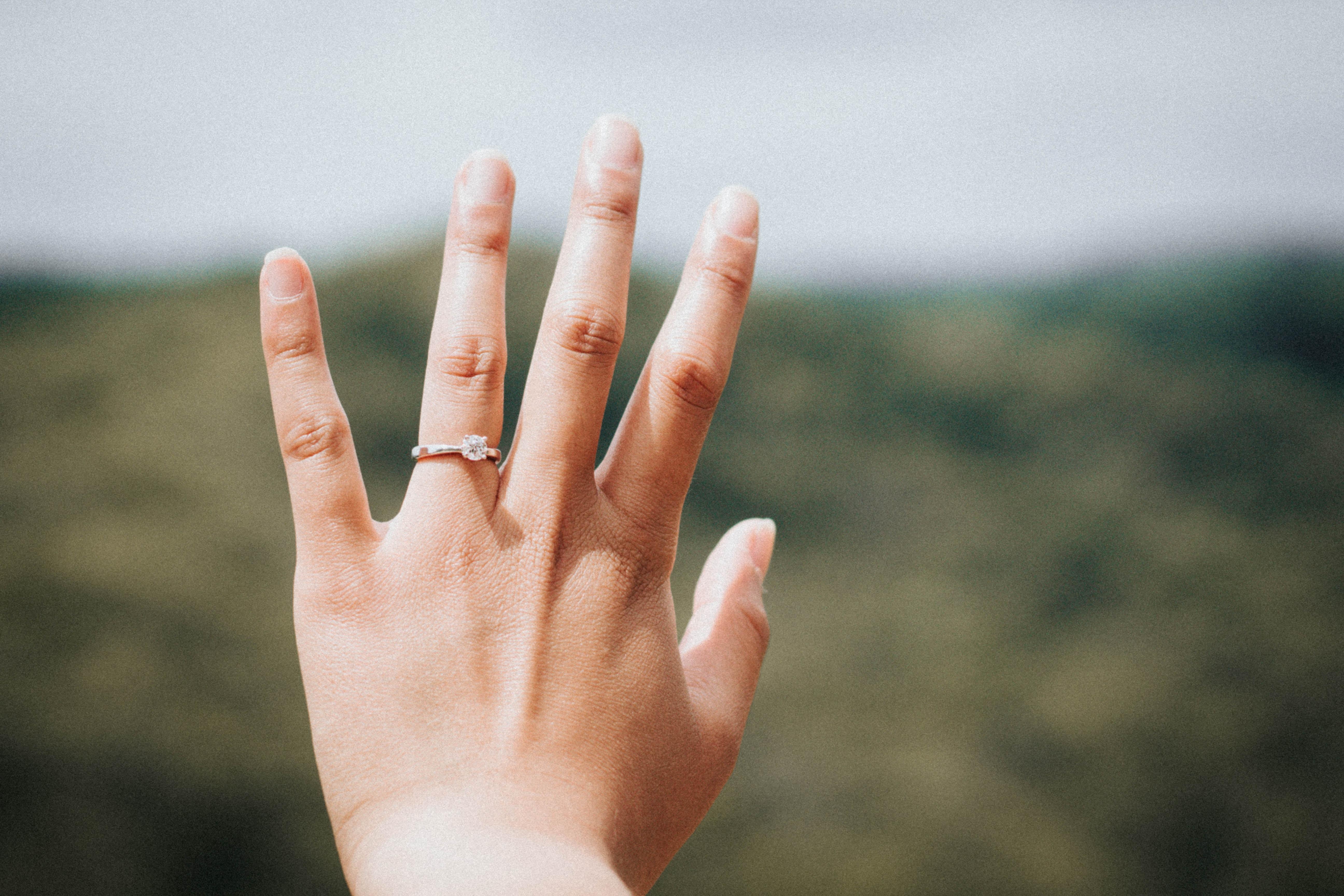 Girl finger photo 11
