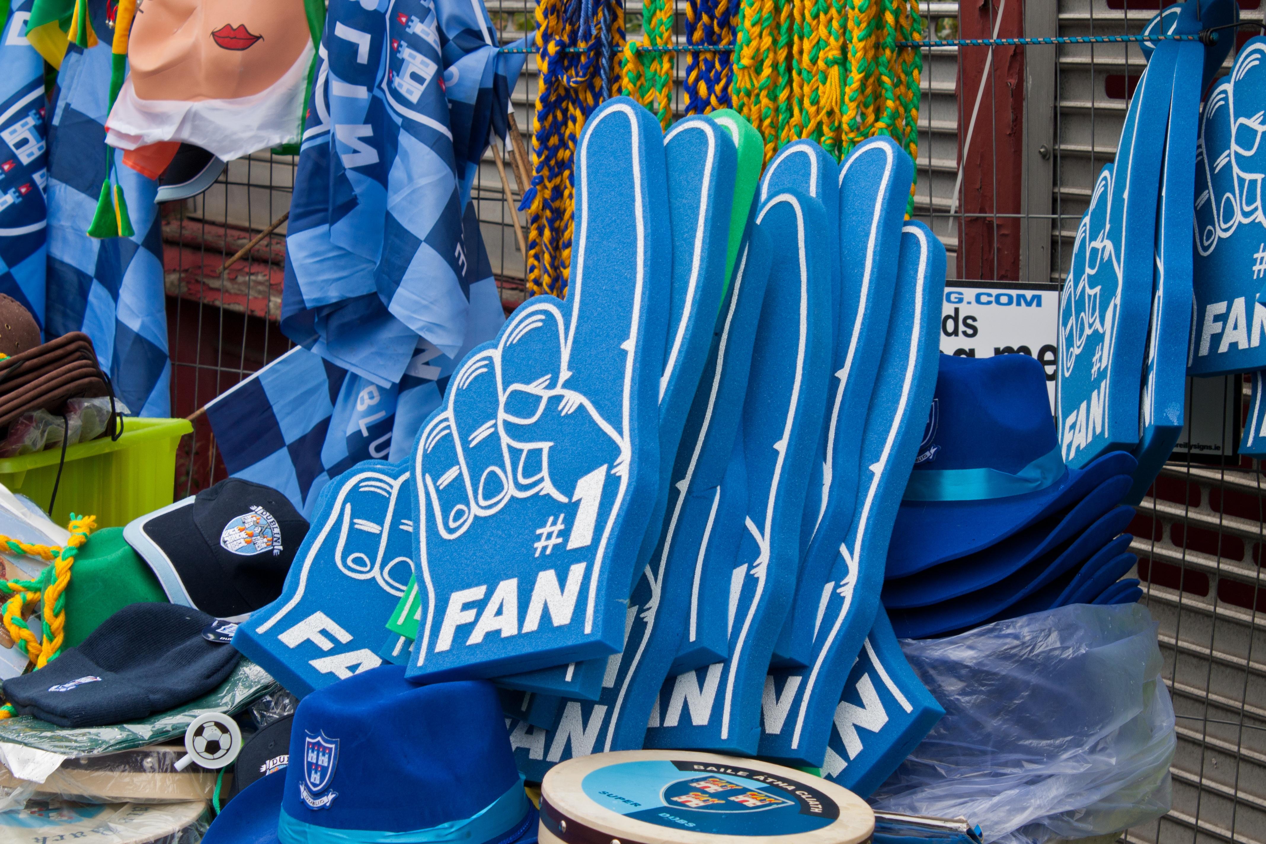 tangan olahraga permainan warna biru penggemar olahraga pendukung artikel fan tangan besar