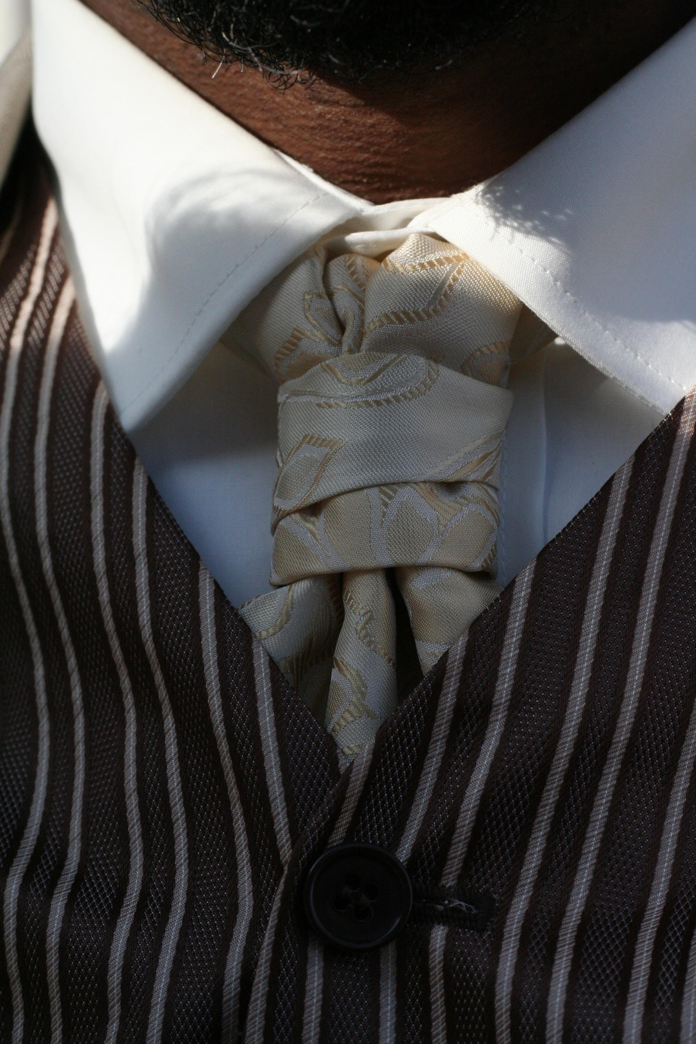 a297431b2d5f hånd dragt hvid mønster forår binde mode tøj sort bryllup Brudgom overtøj  tæt på tekstil kjole