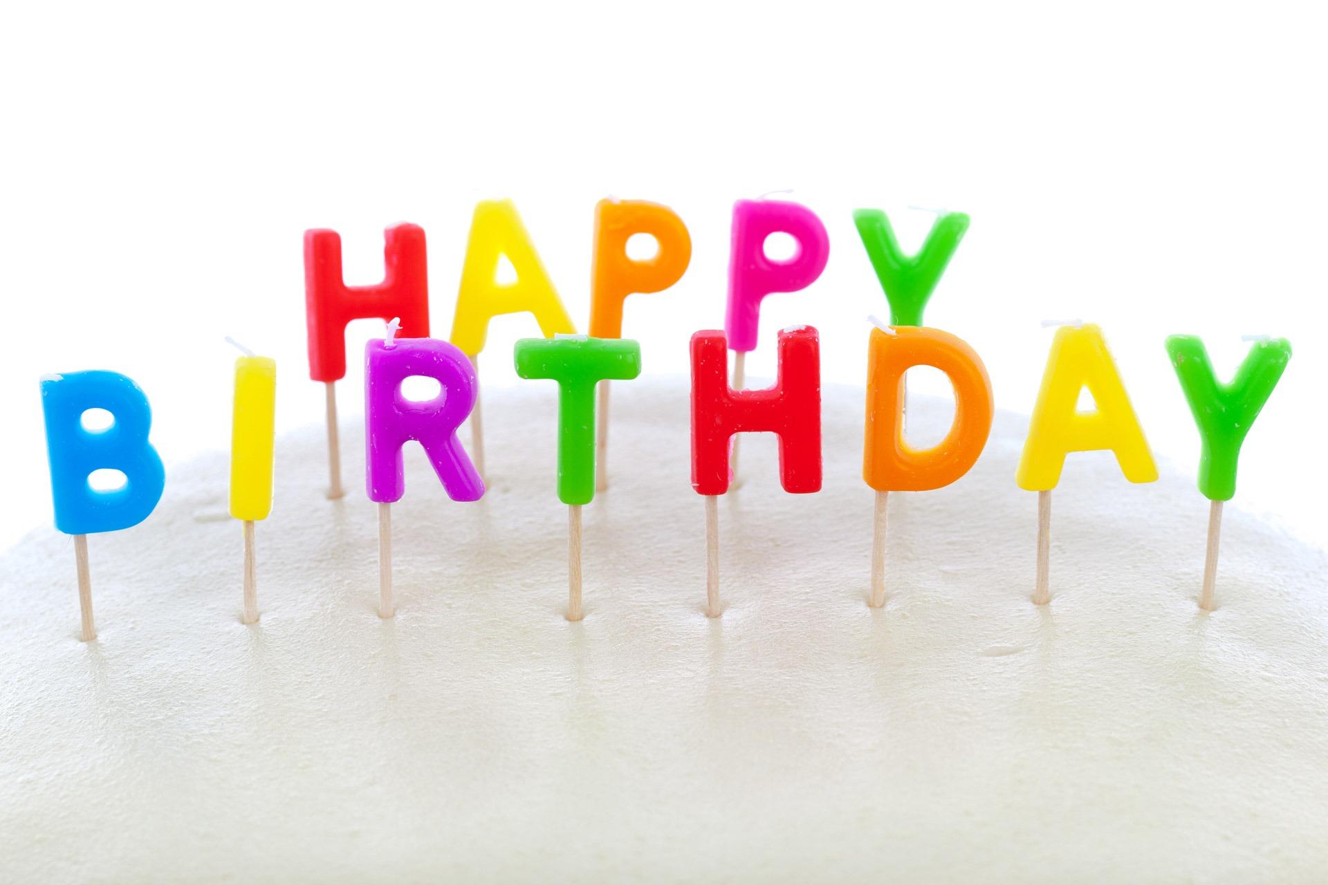 Hand Süß Runden Nummer Feier Finger Lebensmittel Kerze Dessert Köstlich  Kuchen Feiern Alles Gute Zum Geburtstag