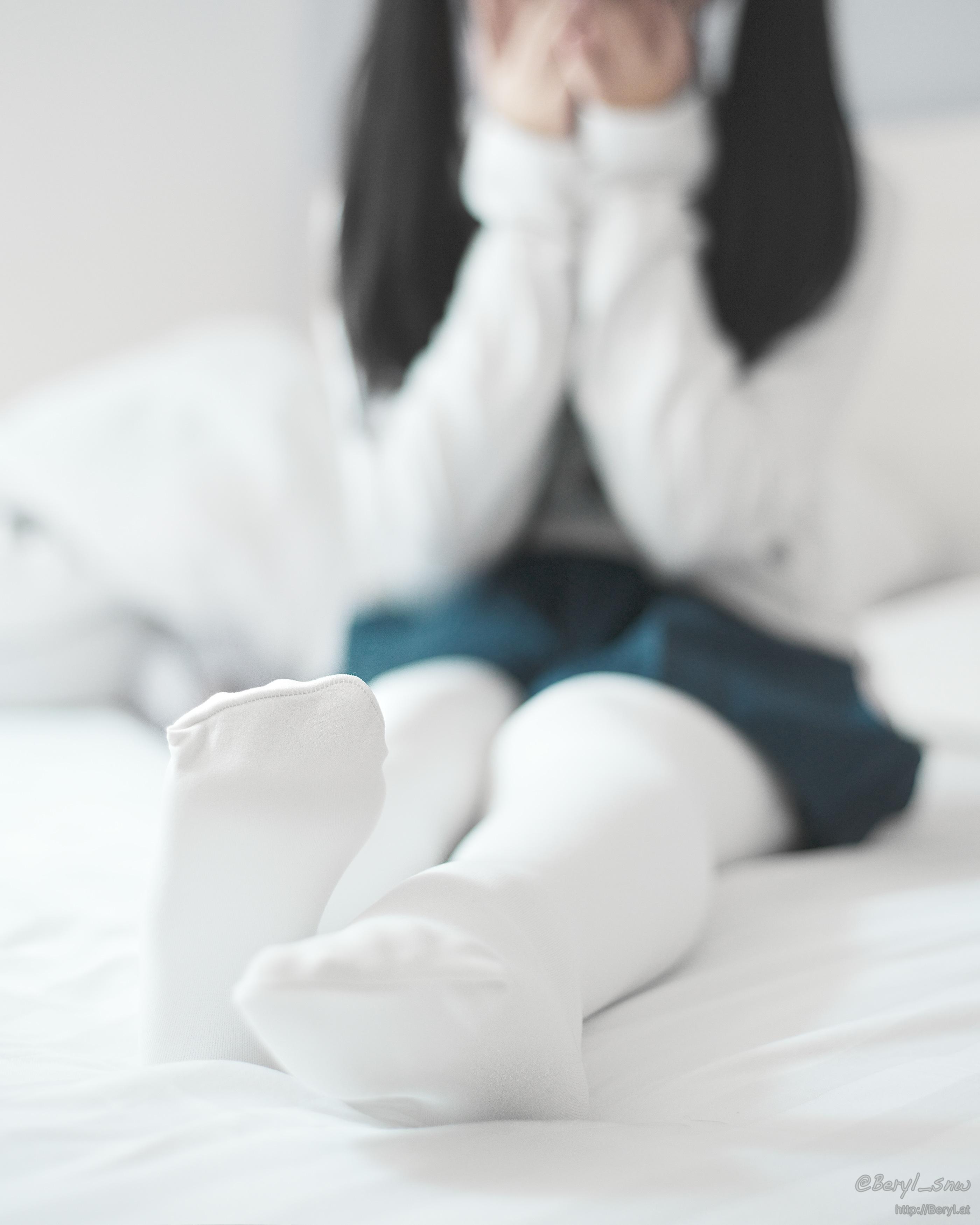 Kostenlose foto : Hand, Winter, Licht, Mädchen, Weiß, warm, Füße ...