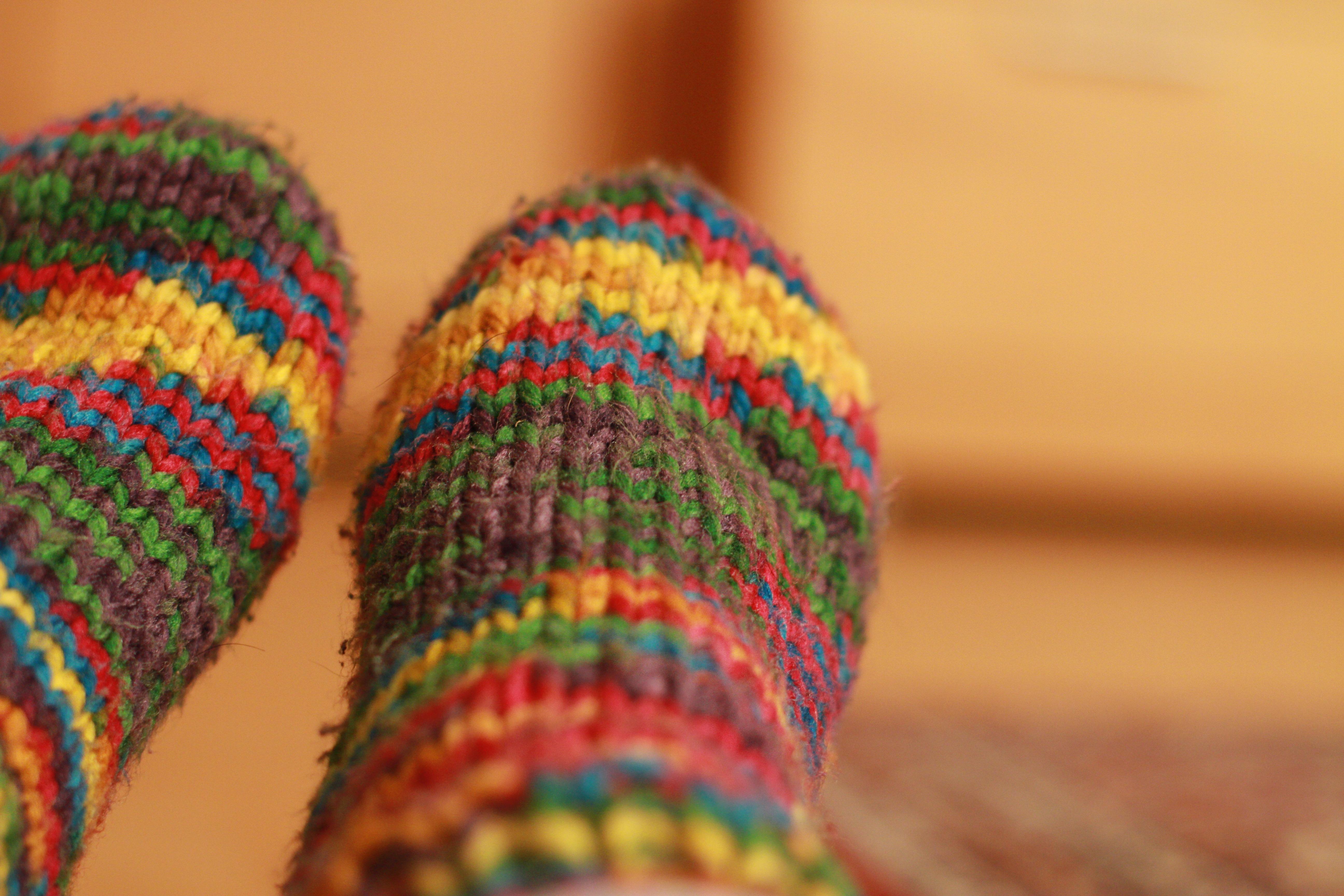 Fotos gratis : mano, invierno, calentar, flor, patrón, verde, color ...