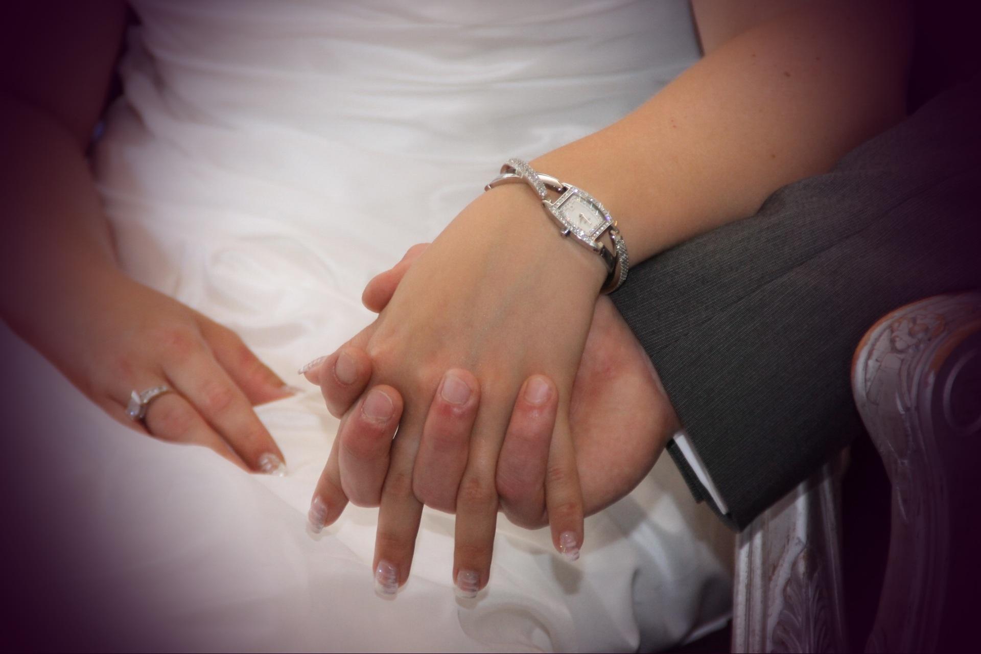 Свадебные две руки вместе фото