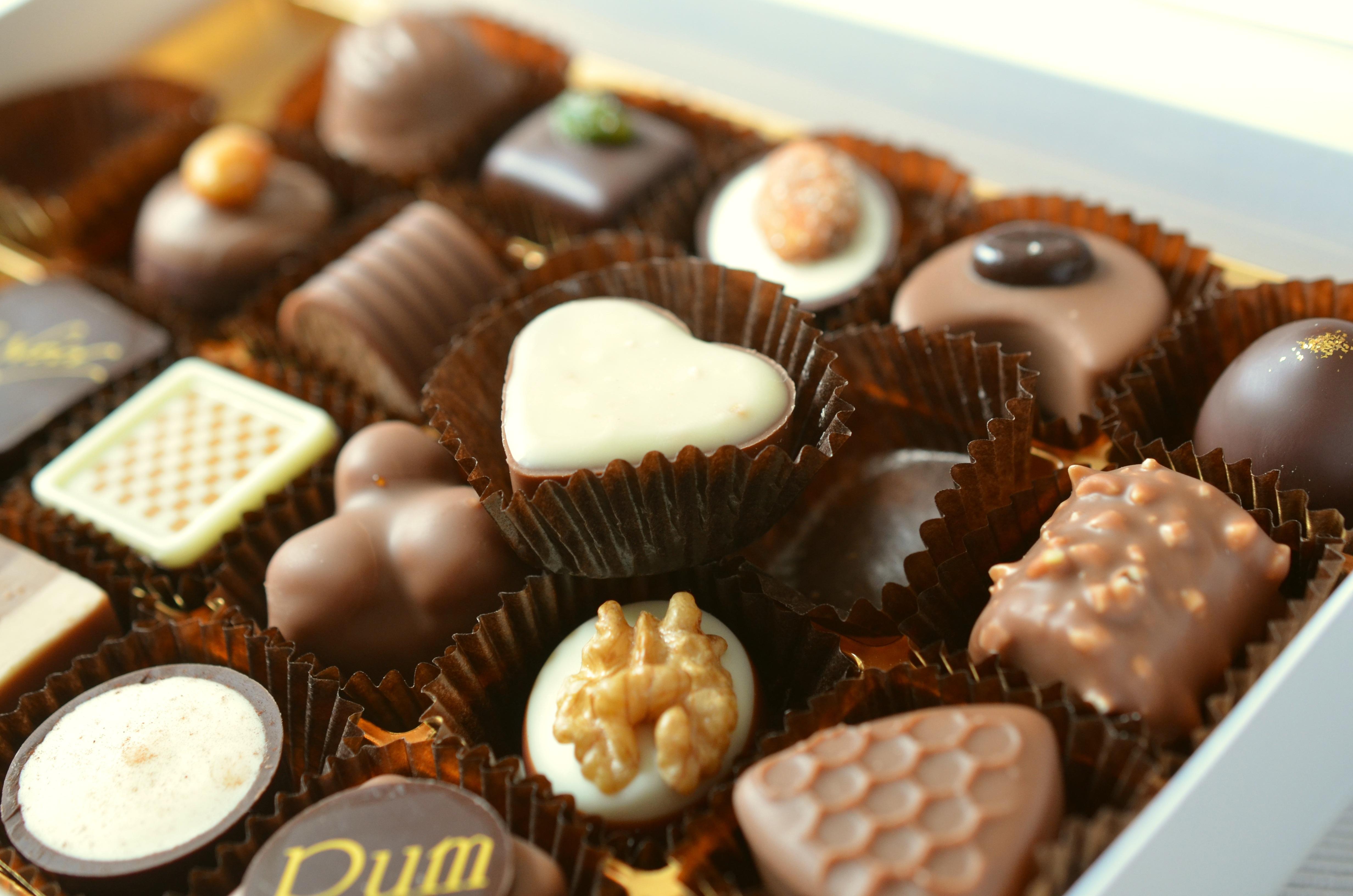 Как сделать конфеты из шоколада в домашних условиях
