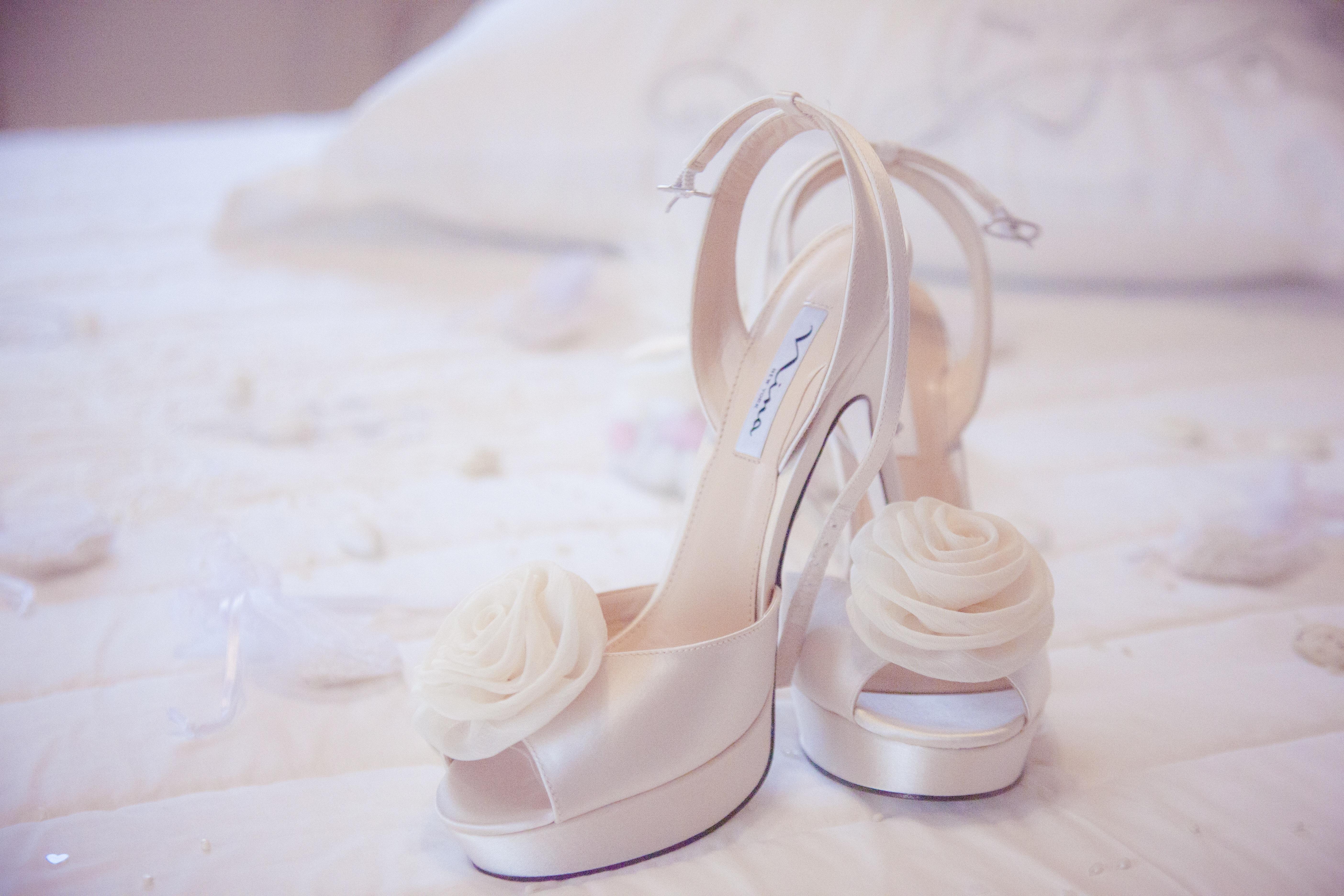 Kostenlose foto : Hacke, Schuh, Weiß, Blütenblatt, Bein, Rosa ...