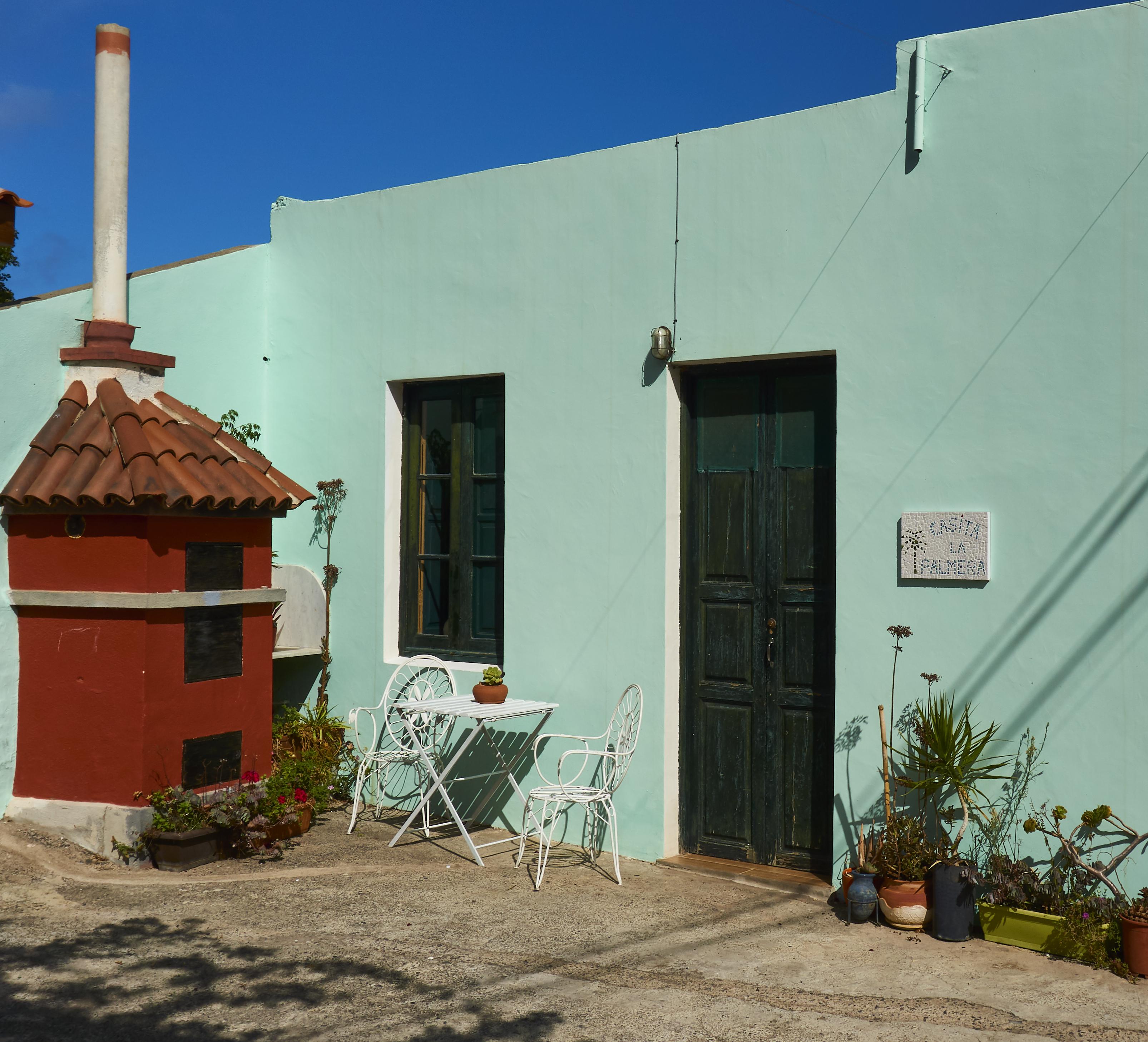 Fotos Gratis Casa Parilla Fuera De Terraza Azul
