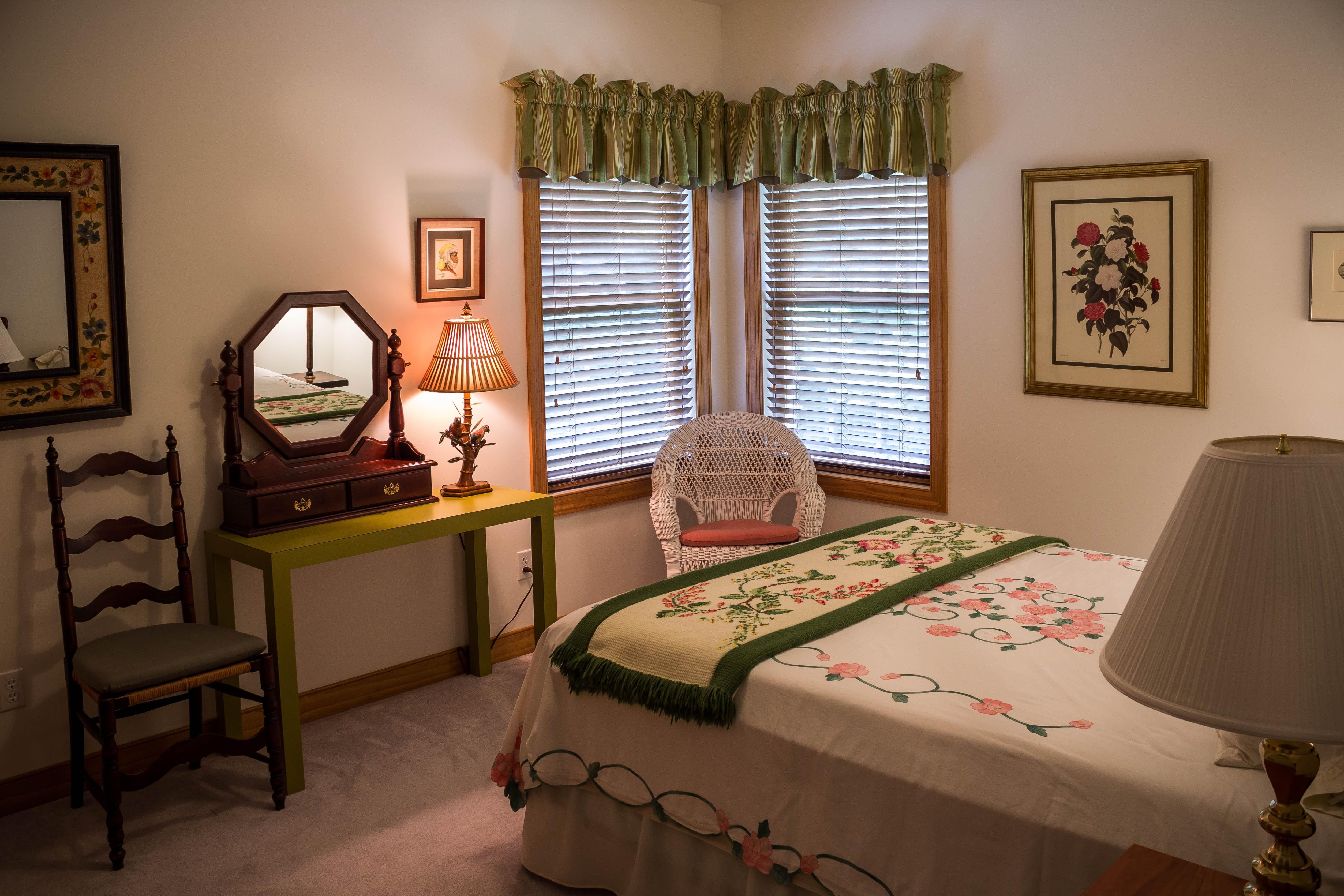 무료 이미지 시골집 재산 거실 방 침실 아파트 인테리어 디자인 침대 이불 모음곡