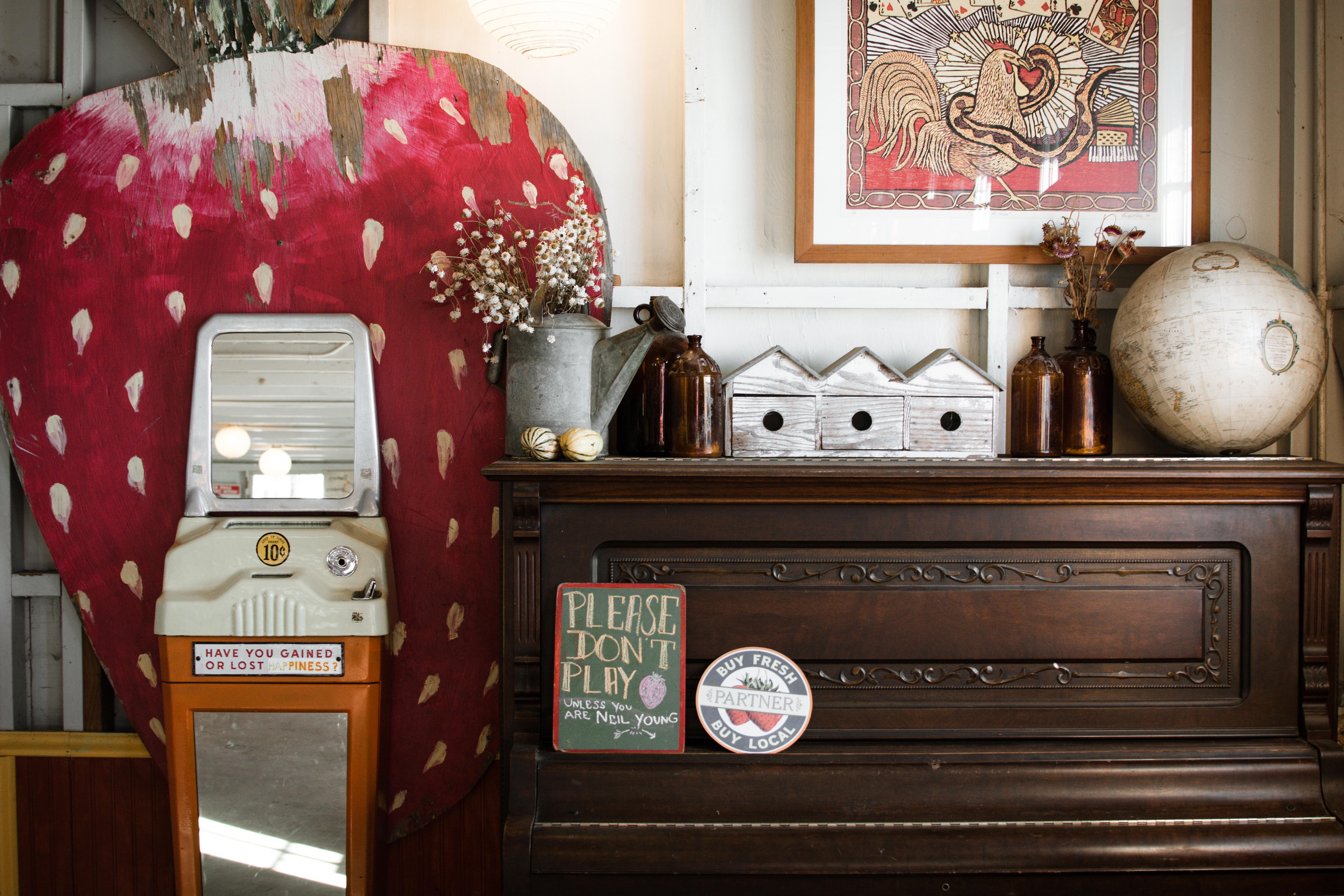 Gambar Rumah Ruang Keluarga Mebel Kamar Desain Interior