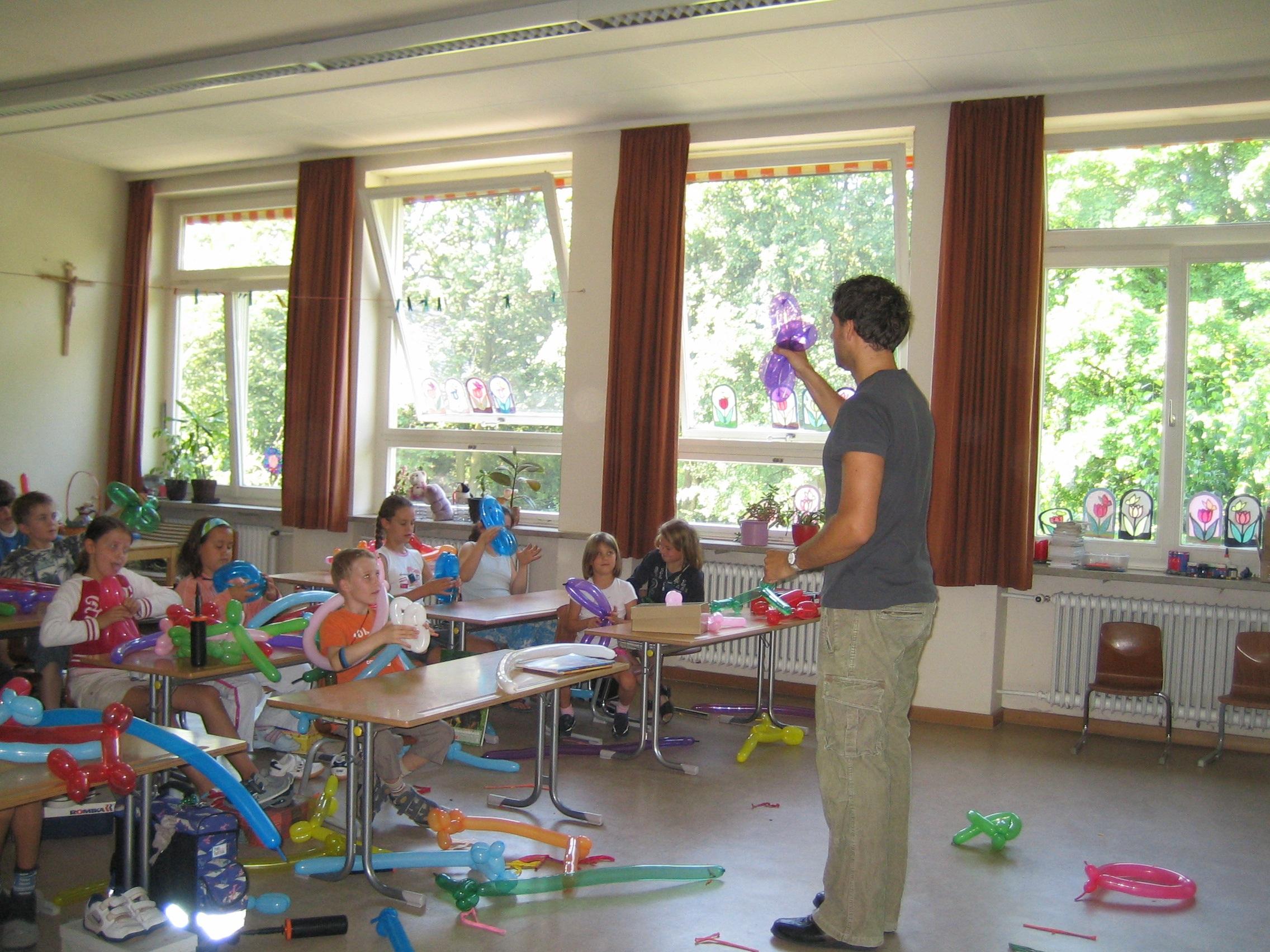 Gambar Rumah Latihan Kamar Pendidikan Kelas Siswa Taman