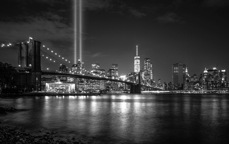 Черно-белые картинки большого города