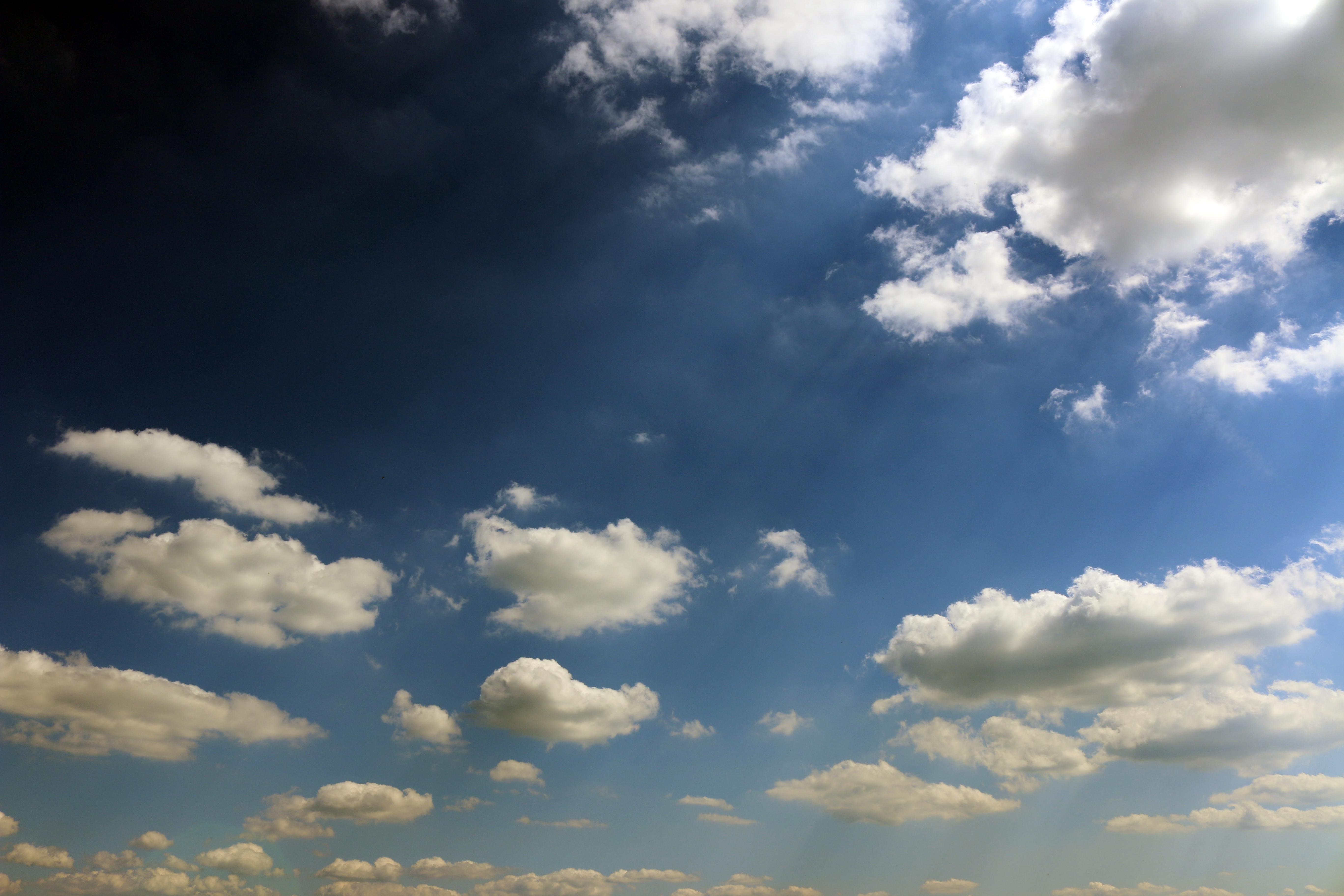 представляет распечатать картинки с небом укуса может краснеть