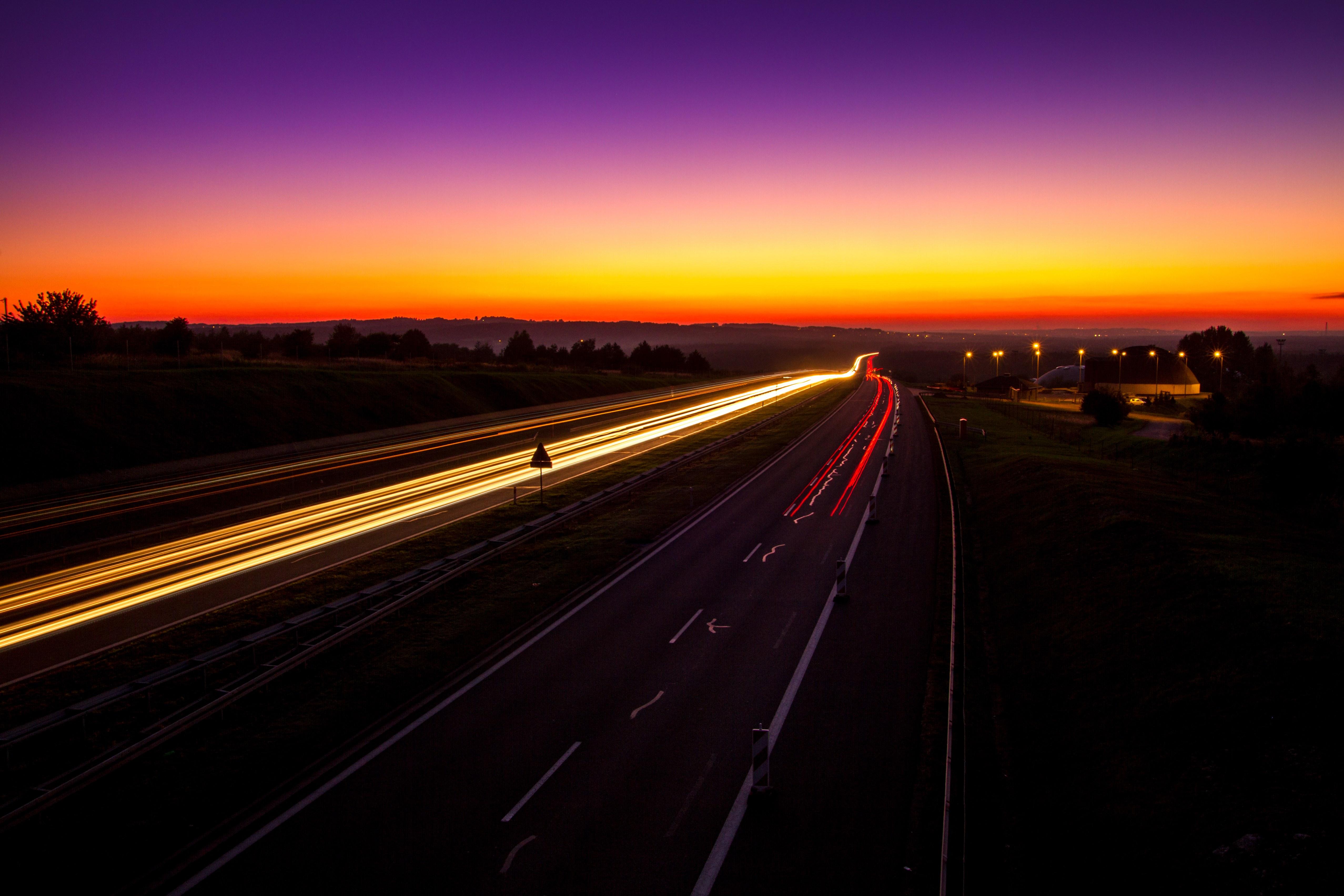 фото закат на дороге