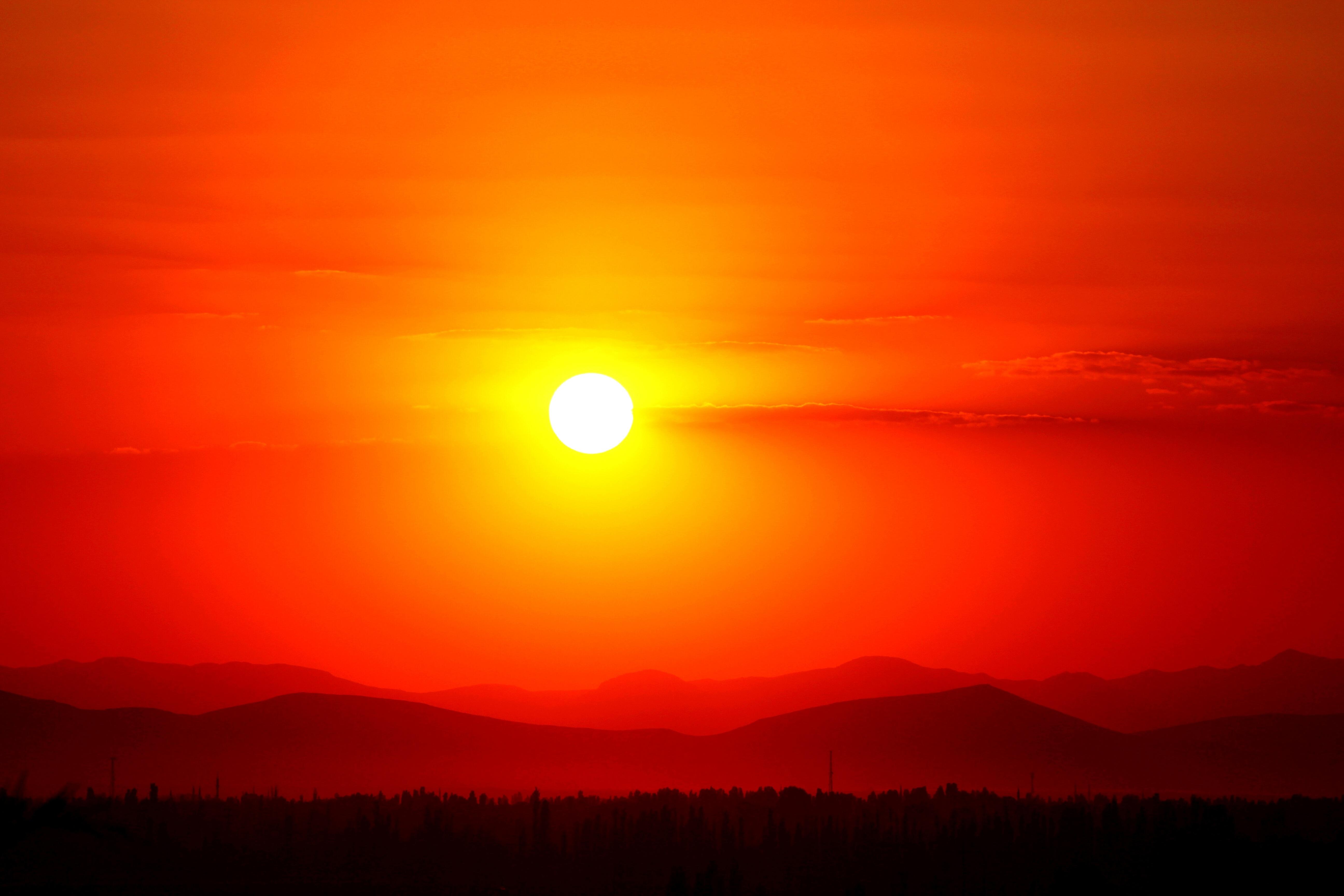помощью картинки восходящее солнце с лучами нашем сайте