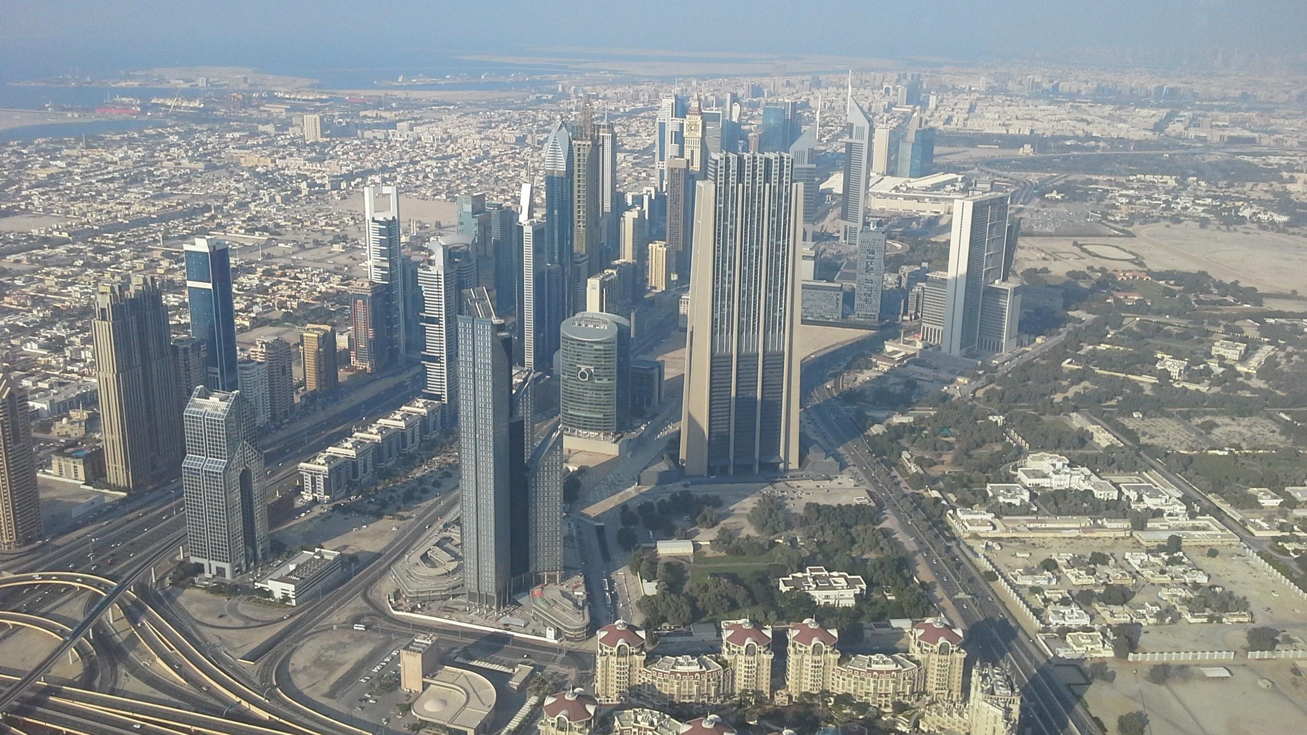 fotos gratis horizonte rascacielos paisaje urbano centro de la ciudad torre dubai punto de referencia bloque de pisos el parte superior