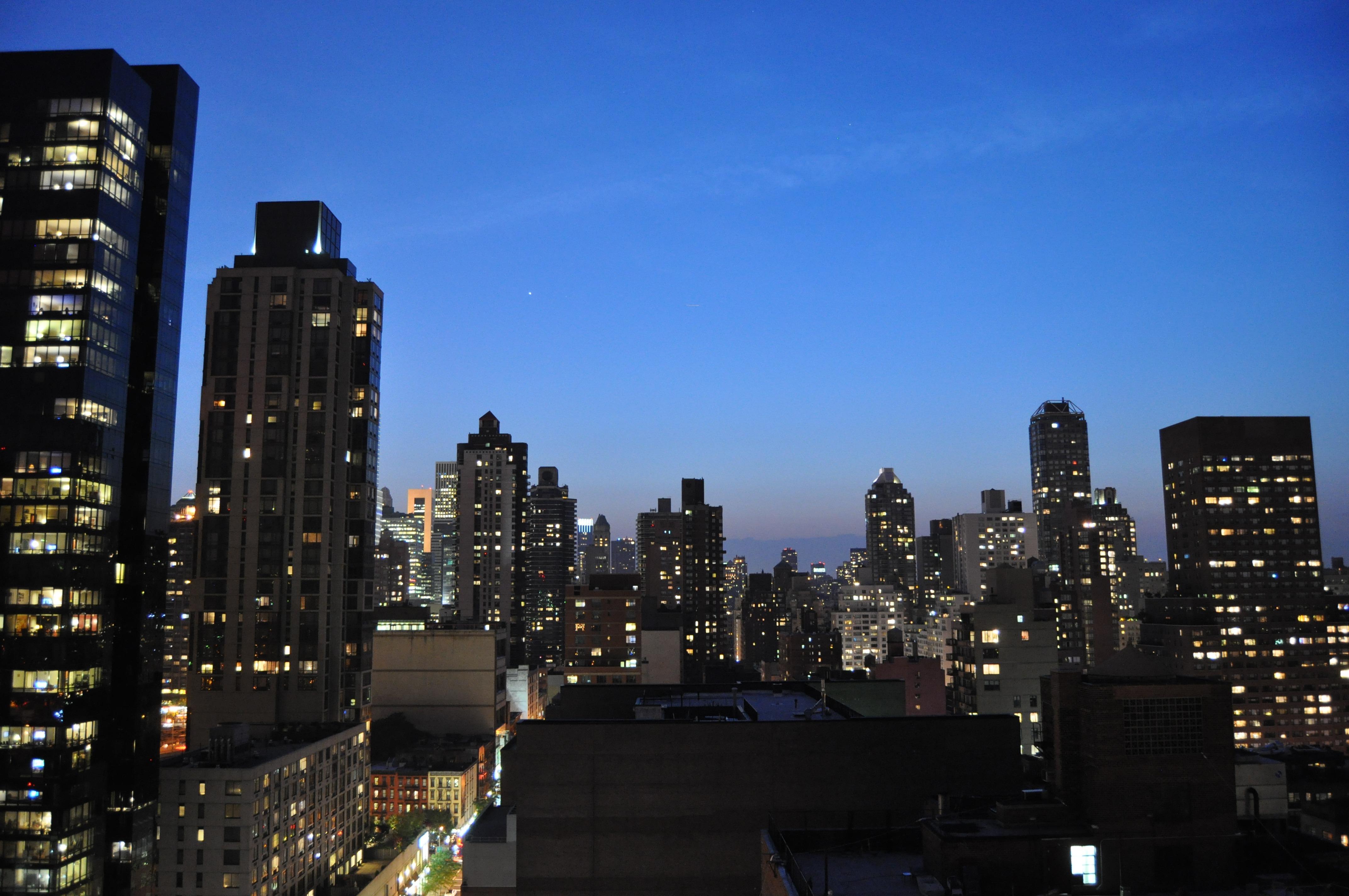 rascacielos nueva york manhattan paisaje urbano centro de la ciudad oscuridad punto de referencia bloque de pisos rascacielos nuevo metrpoli