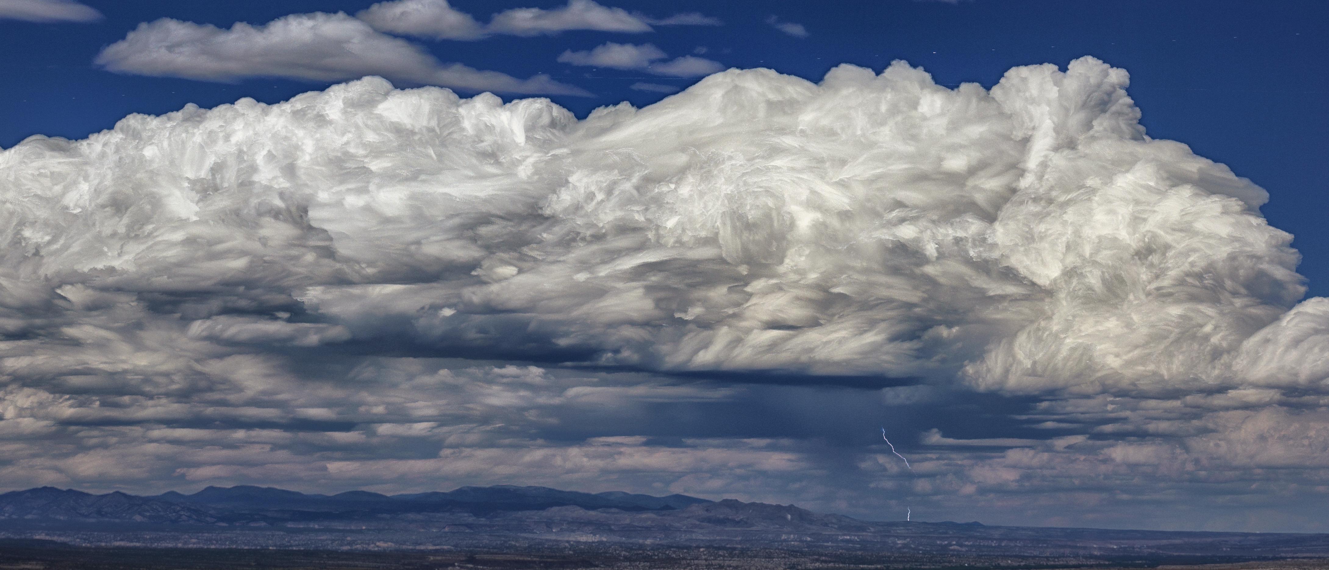 Облака и снег картинка
