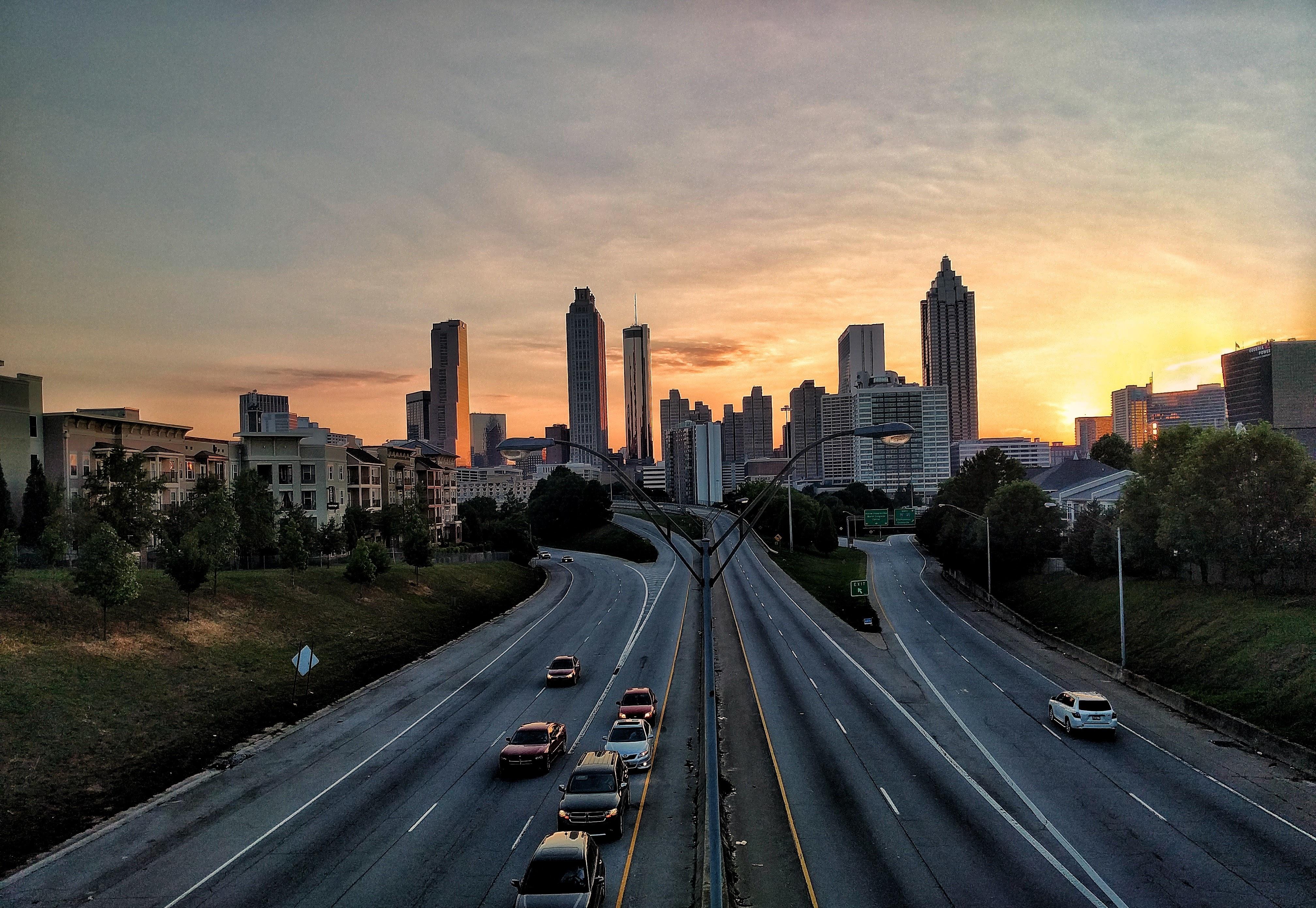 Картинка дорога с городами