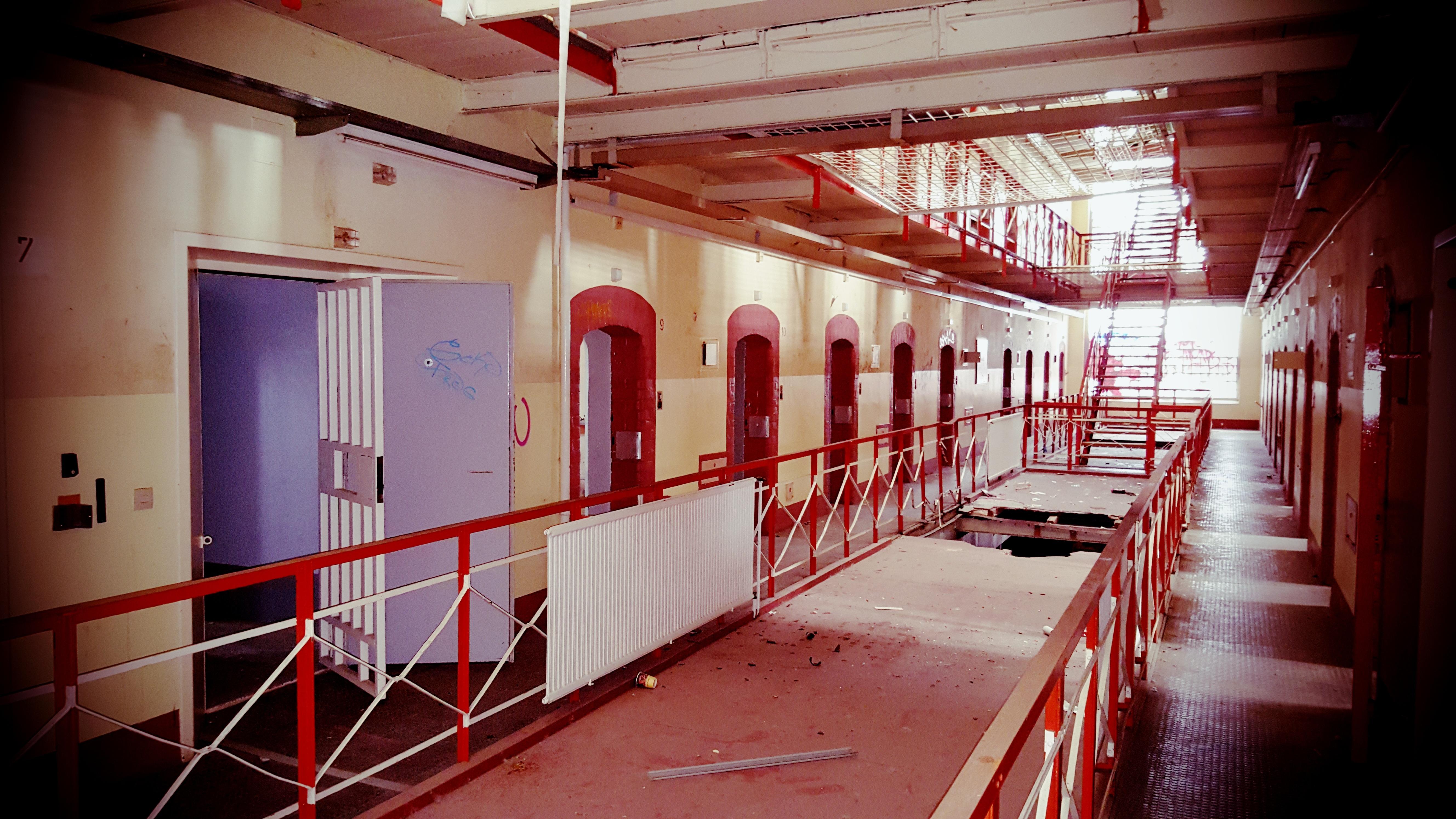 Innenarchitektur Halle kostenlose foto haus rot halle farbe historisches gebäude