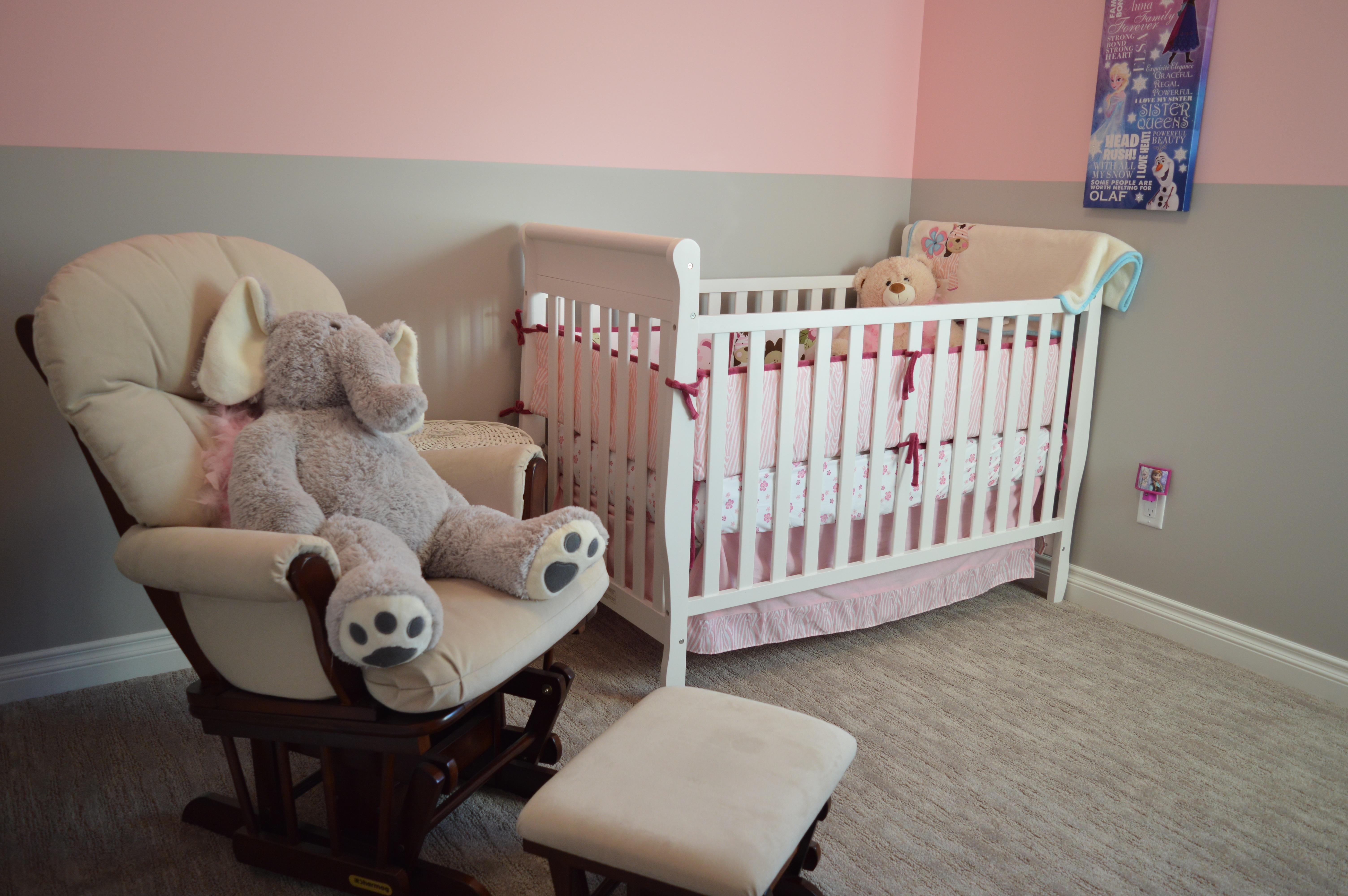 Fotos gratis : casa, silla, piso, niño, propiedad, sala, mueble ...