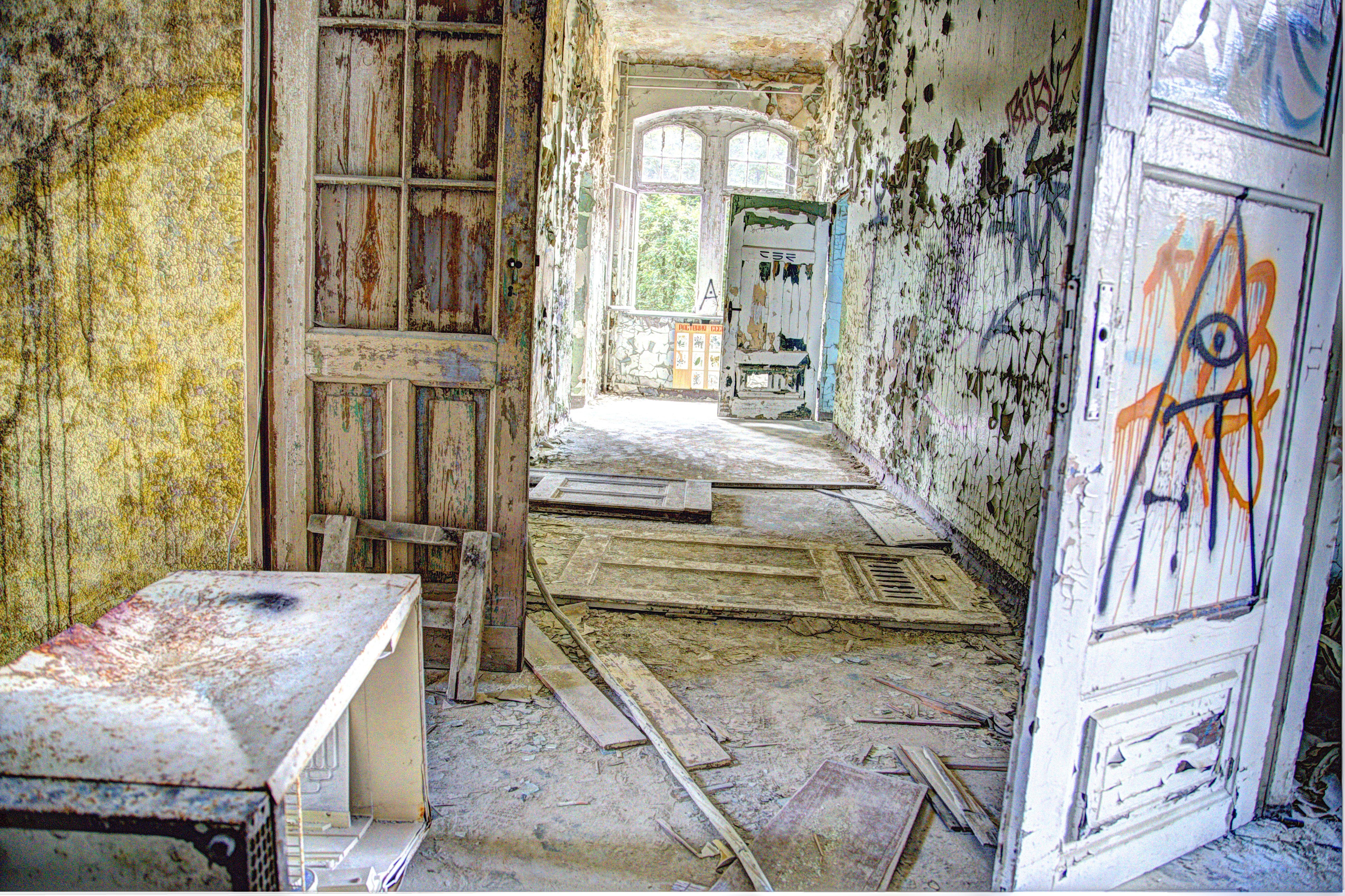 Kostenlose foto haus zuhause mauer unter tage h tte for Innenarchitektur haus bilder