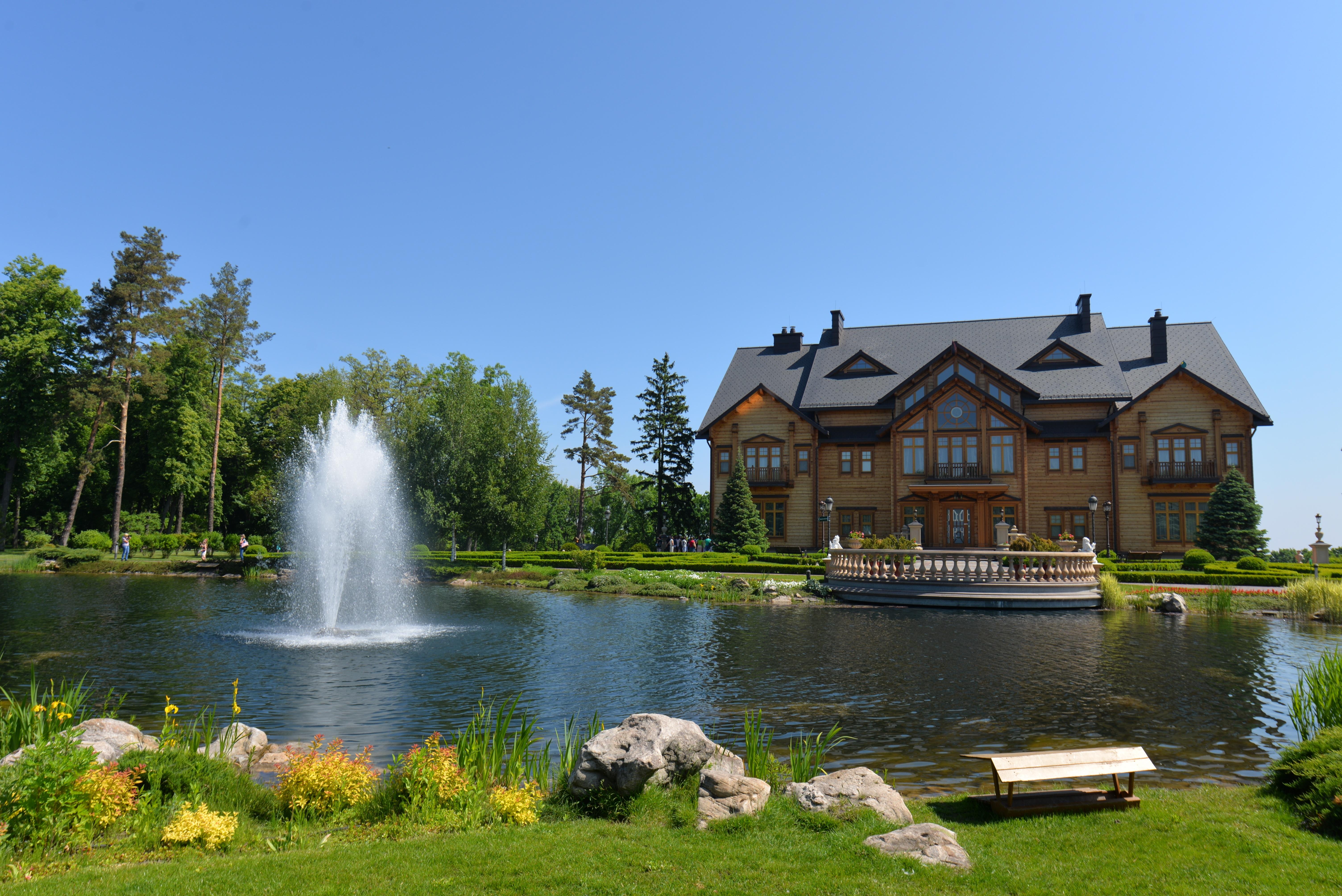 house lake vacation pond swimming pool garden waterway body of water fountain estate water feature kiev mezhyhirya yanukovych