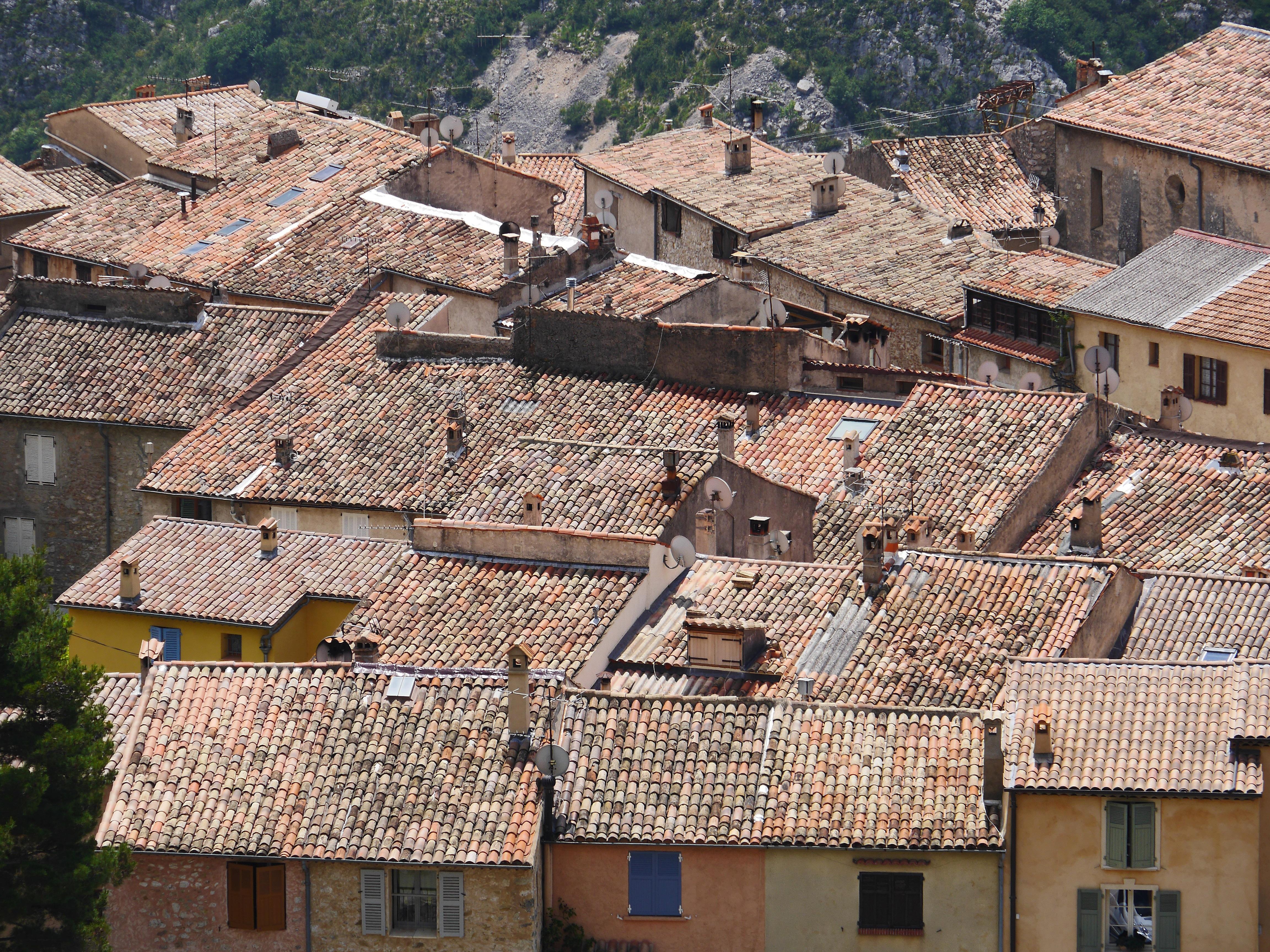 Maison Toit De France images gratuites : maison, ville, village, banlieue, rural