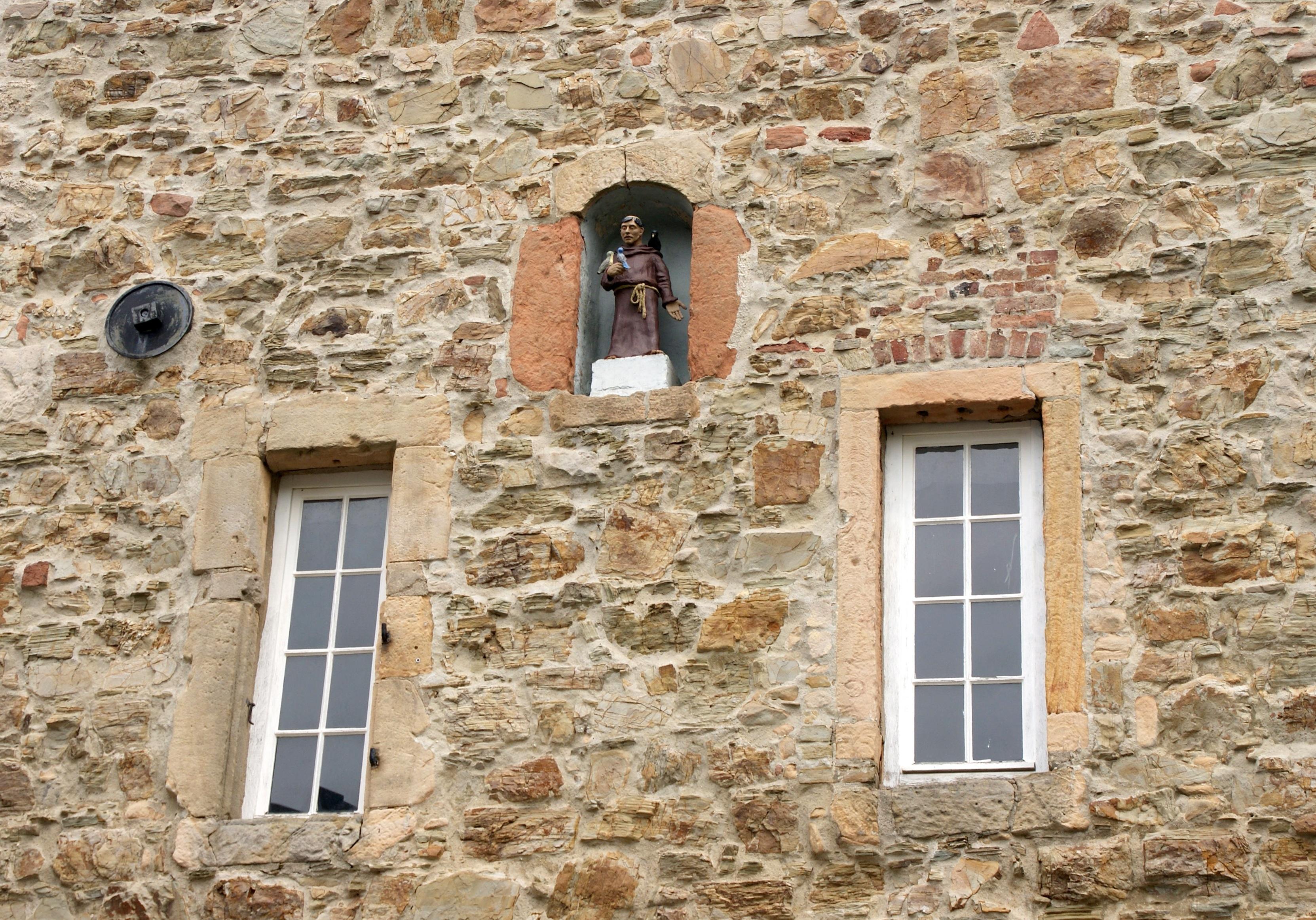 Casa Ventana Vaso Antiguo Casa Pared Piedra Estatua Cabaña Fachada  Propiedad Ladrillo Material Higo Alemania Ladrillos