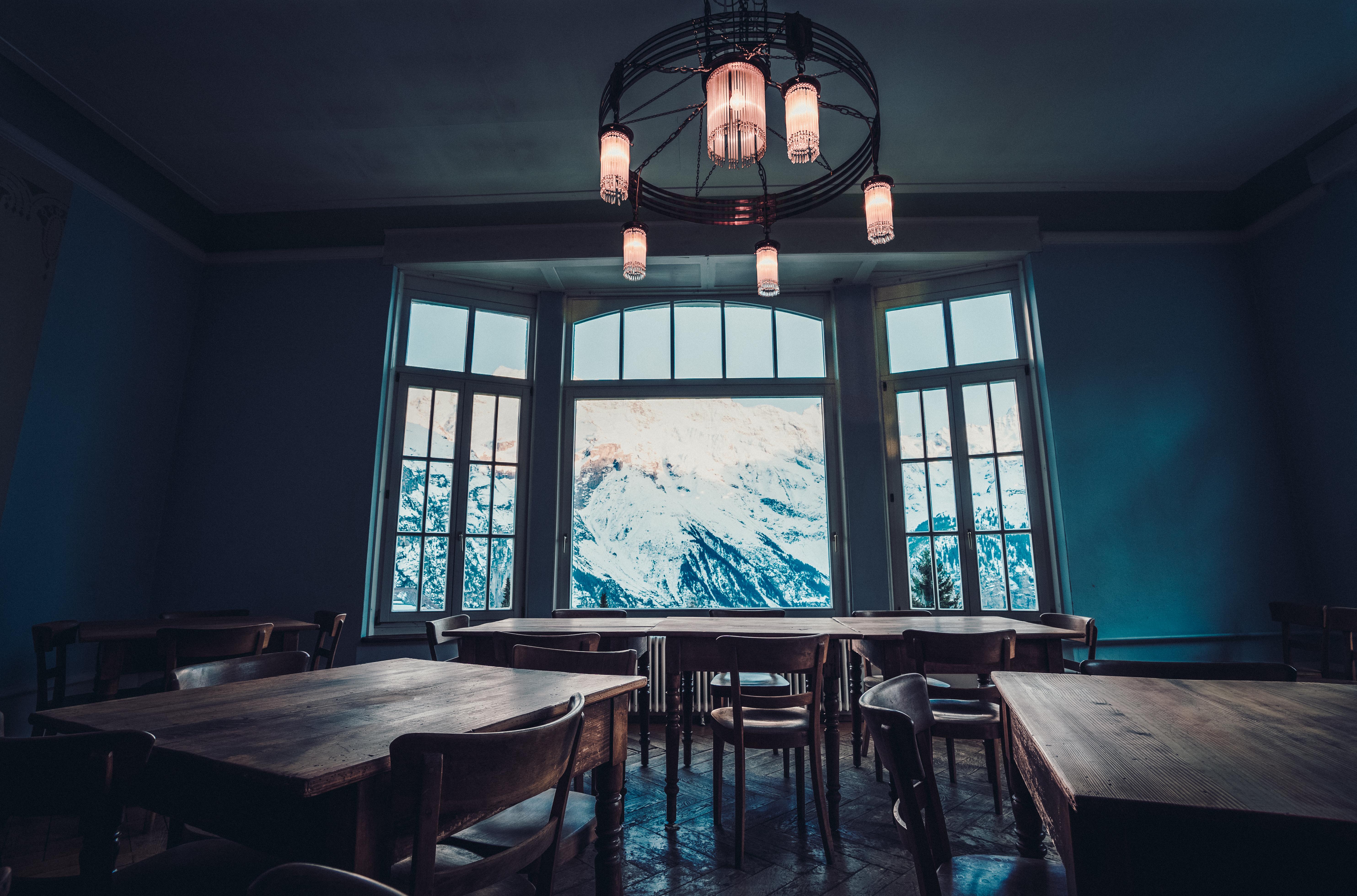 Gratis billeder : hus, vindue, restaurant, hjem, ejendom, blå, stue ...