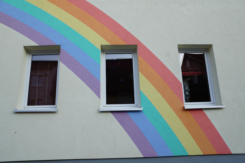 Kostenlose foto : Haus, Fenster, Mauer, Farbe, Fassade, blau, bunt ...