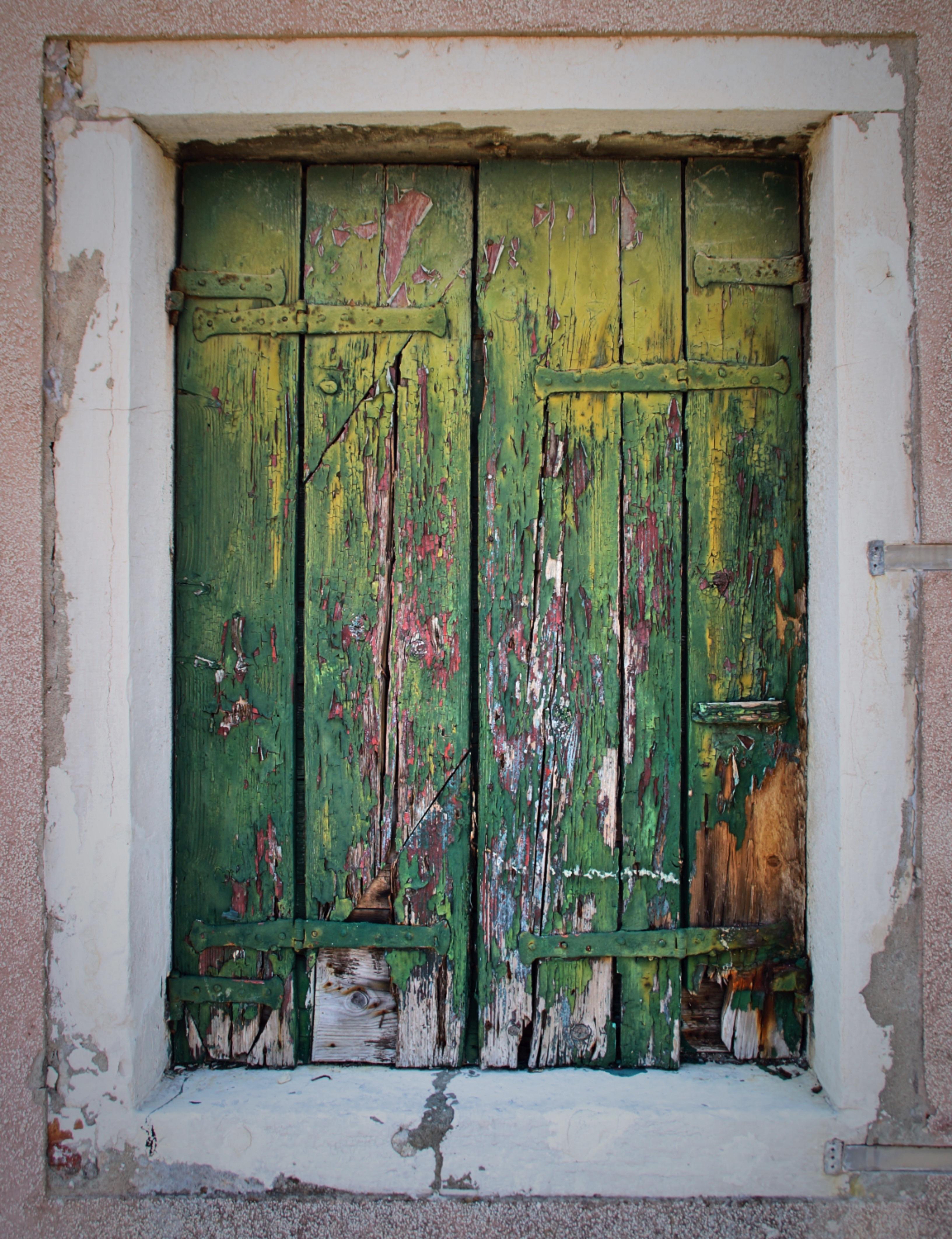 Images gratuites maison fen tre mur vert couleur - Peinture porte et fenetre ...