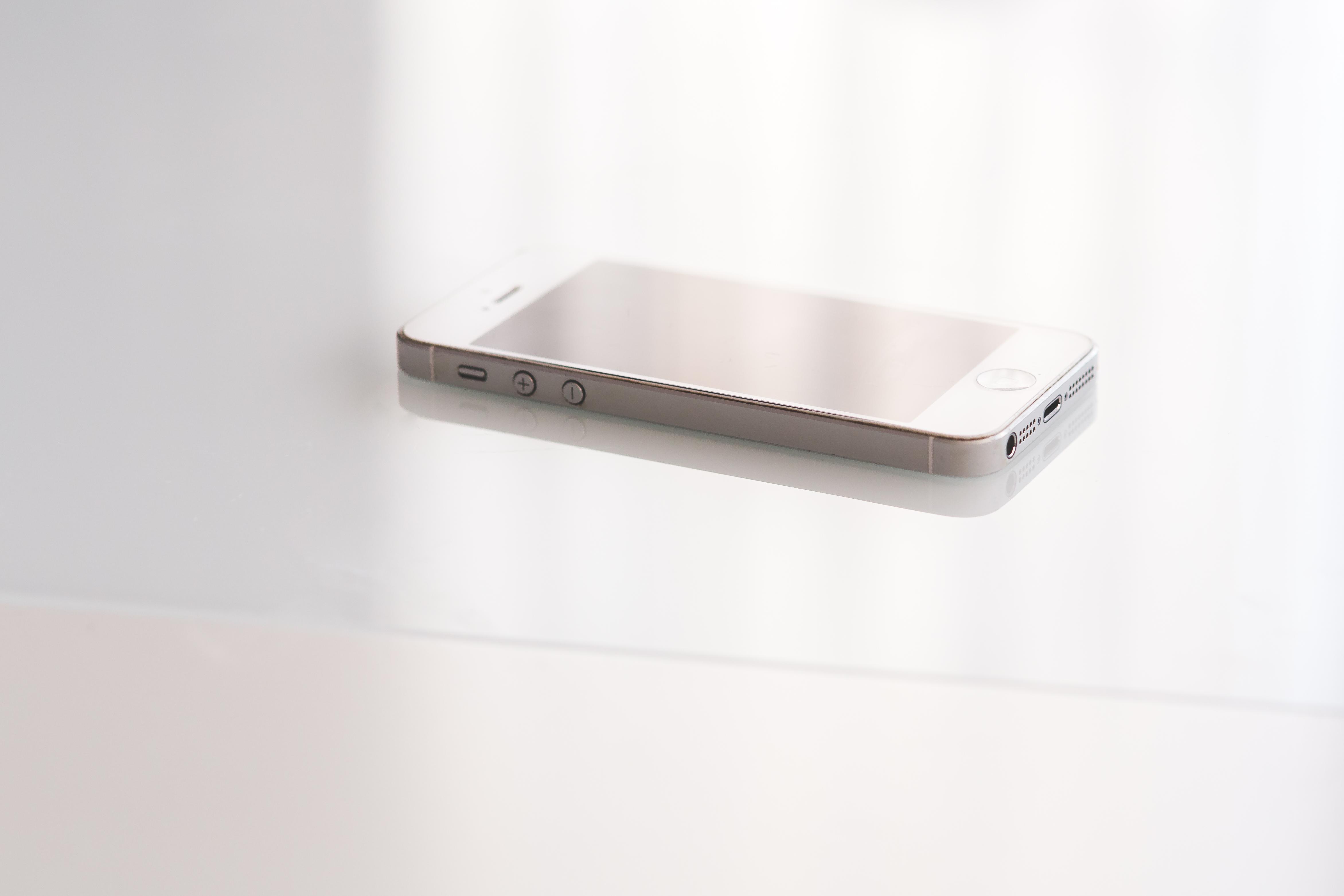 Immagini belle : i phone smartphone mela tecnologia mensola