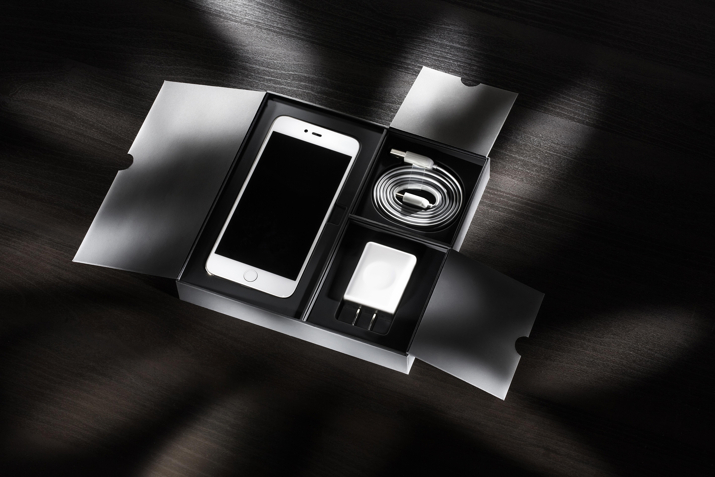 Wallpaper iphone hitam - Gambar Iphone Smartphone Cahaya Hitam Dan Putih Teknologi Gelap Internet Bayangan Alat Kegelapan Bisnis Kotak Satu Warna Penerangan Modern