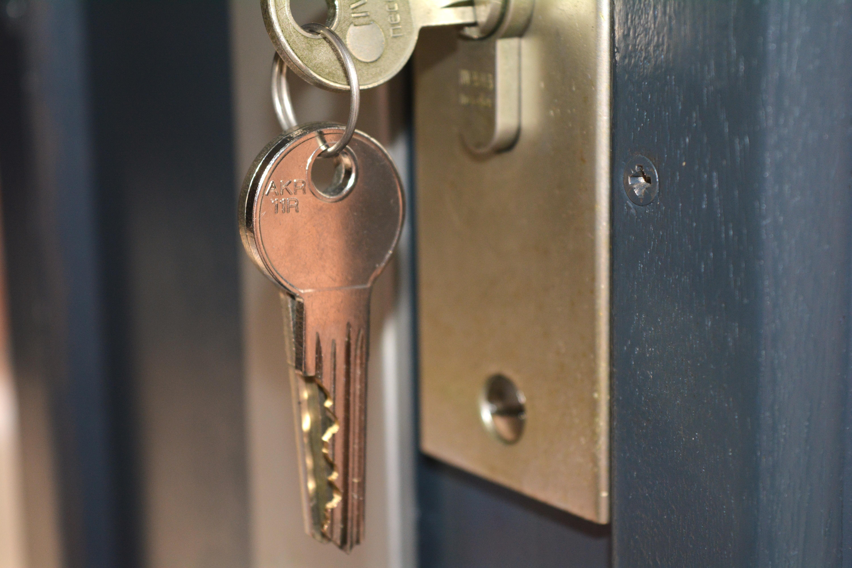 Gratis Afbeeldingen : sleutel, metaal, verlichting, deur-, beweging ...