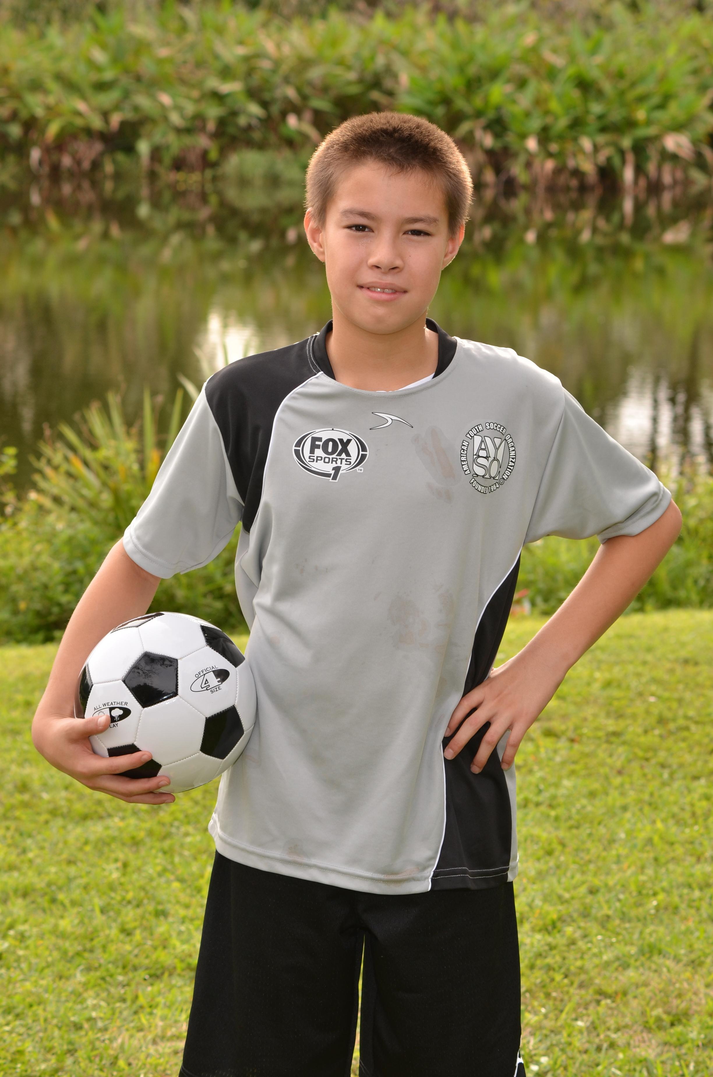 gyerekek futball sport- póló ruházat fiú ujj férfi felsőruházat fű gyermek  egyenruha mosoly móka sportruházat 7c0ac51786
